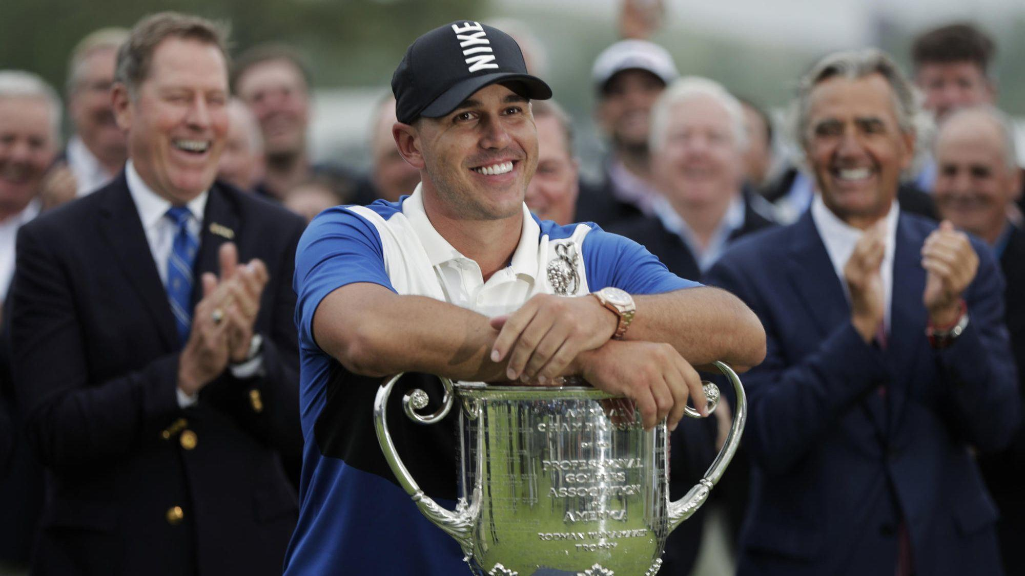 Brooks Koepka almost loses his big lead but hangs on to win his 2nd straight PGA Championship