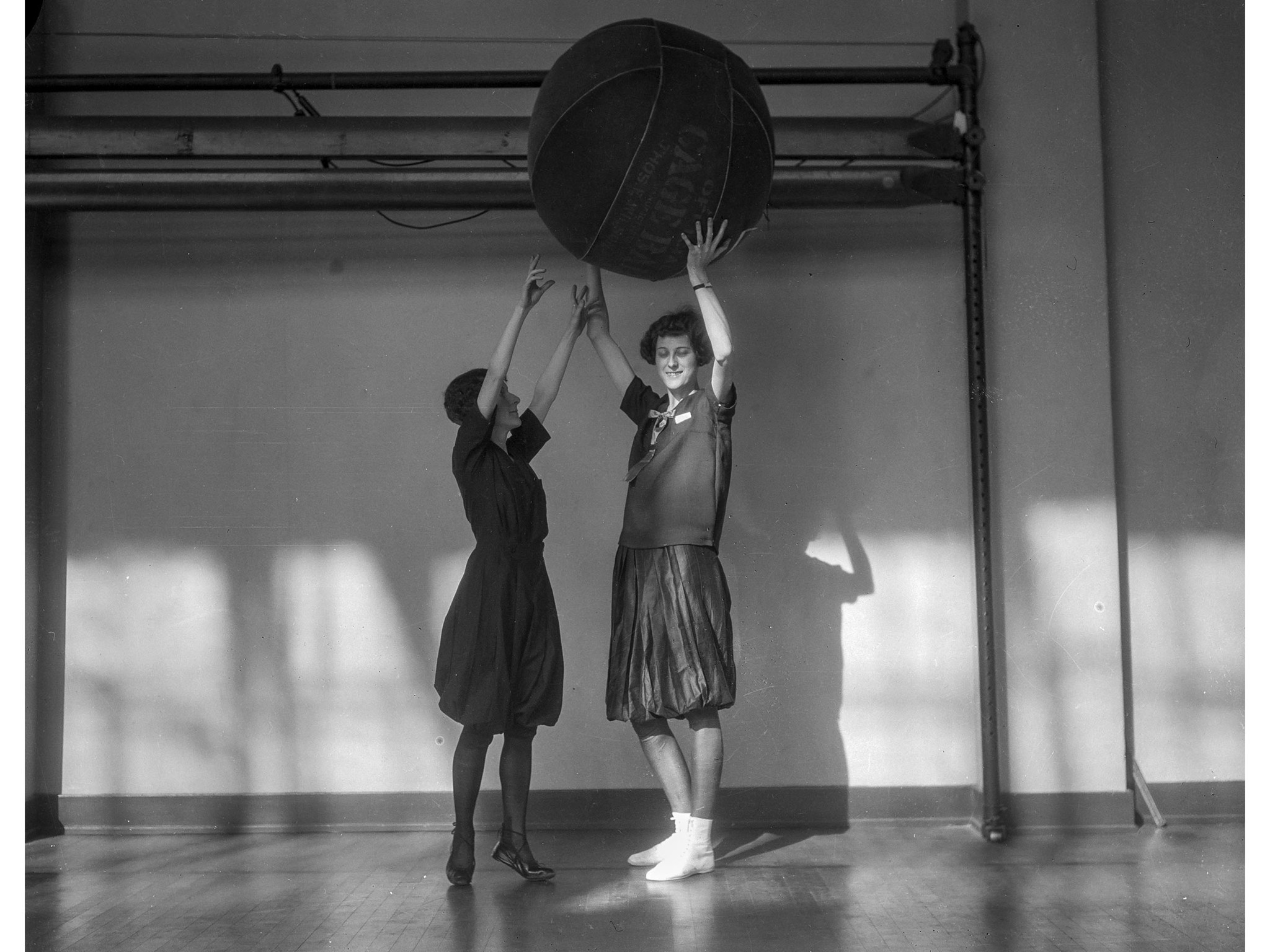 Feb. 16, 1926: Selma Posner and Lillian Cassel play cage ball at the Y.W.C.A., Los Angeles, 1926 Sel