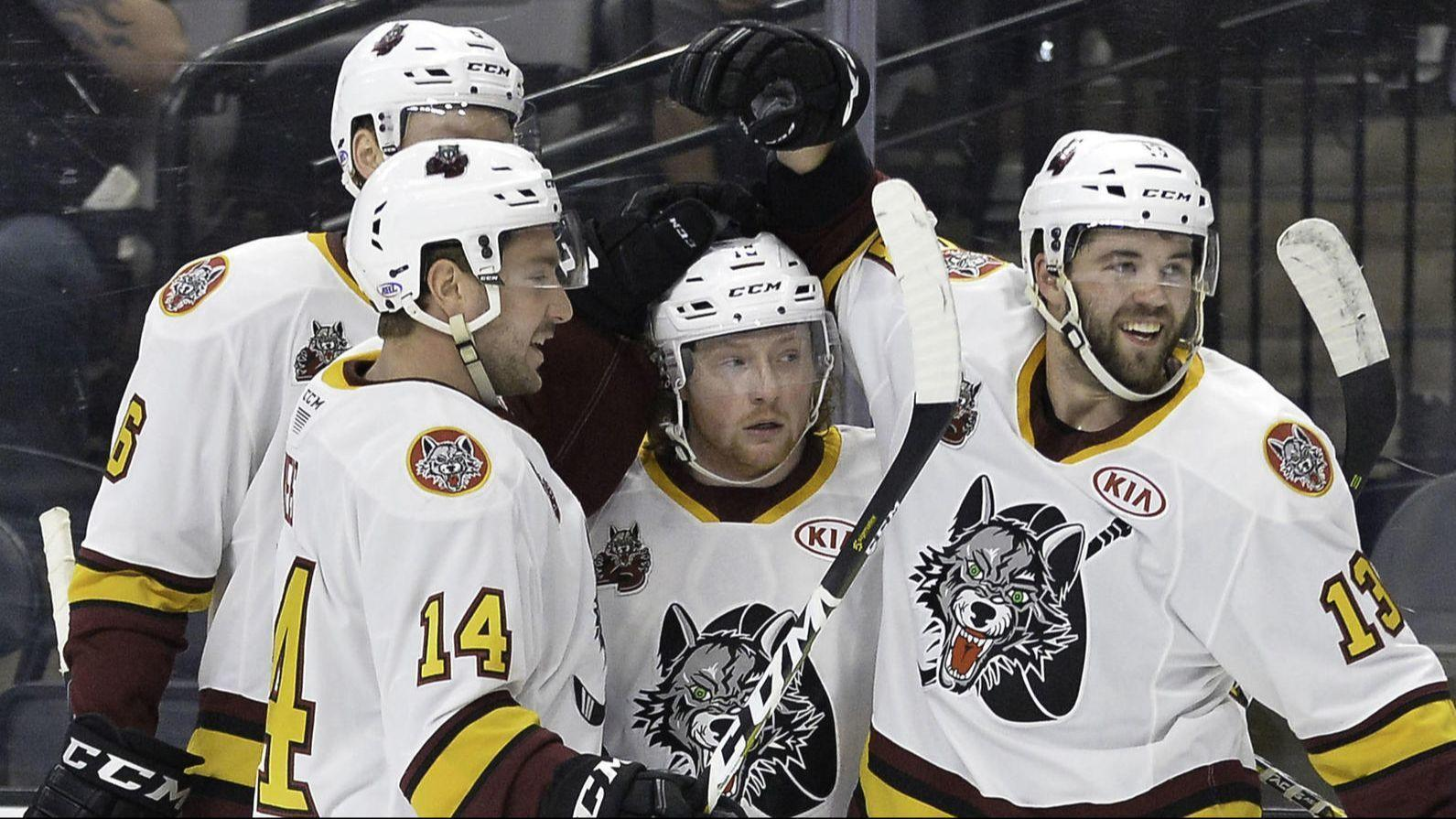 Wolves grab 3-2 series lead in Western Conference finals with 5-2 win over Gulls