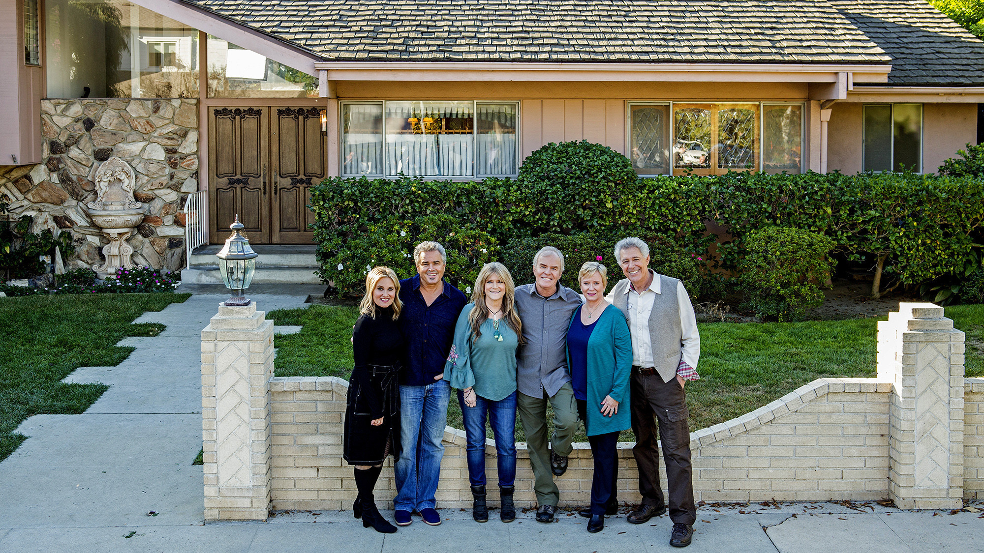 The Brady Bunch house has a new look — inside and out ...