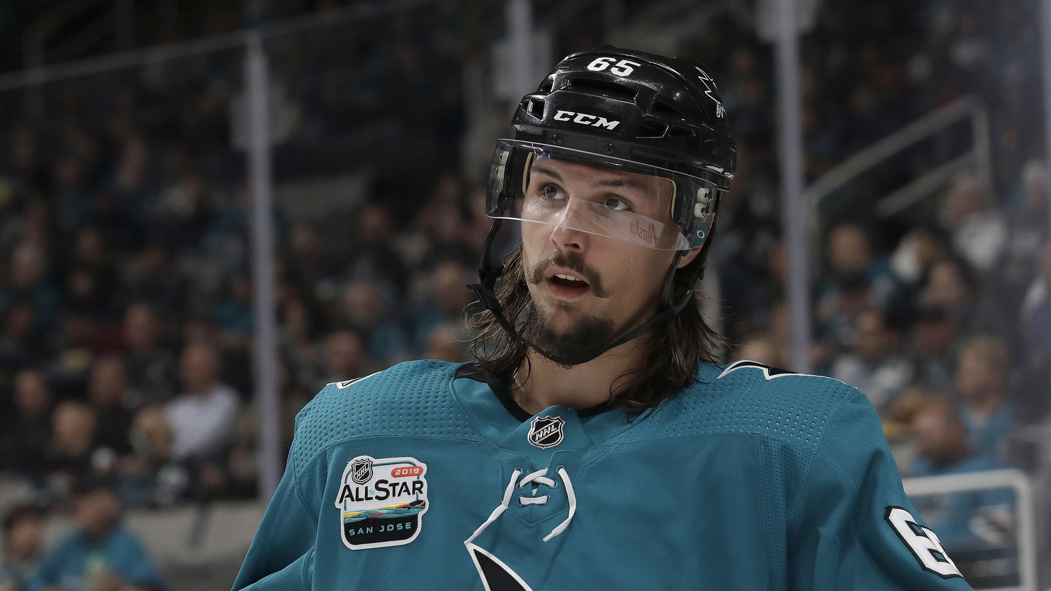 Sharks sign defenseman Erik Karlsson to 8-year, $92 million deal