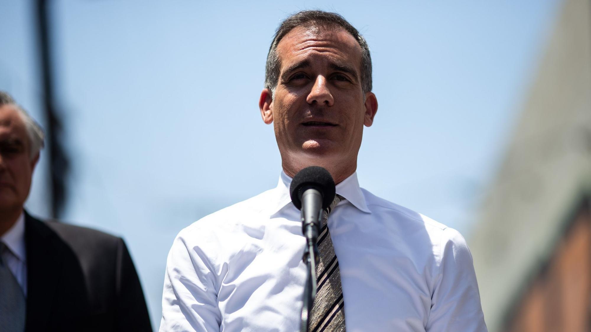 Mayor Eric Garcetti projects $1-billion profit for 2028 L.A. Olympics