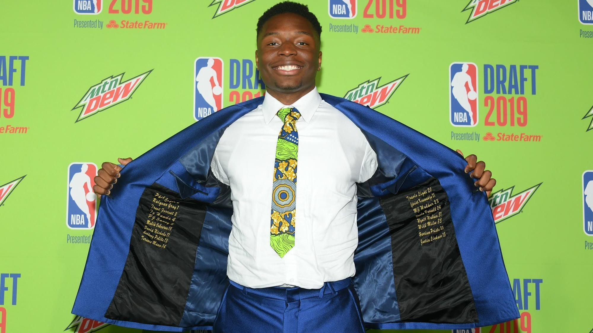 Mfiondu Kabengele and fellow Clippers rookies get ready for summer league