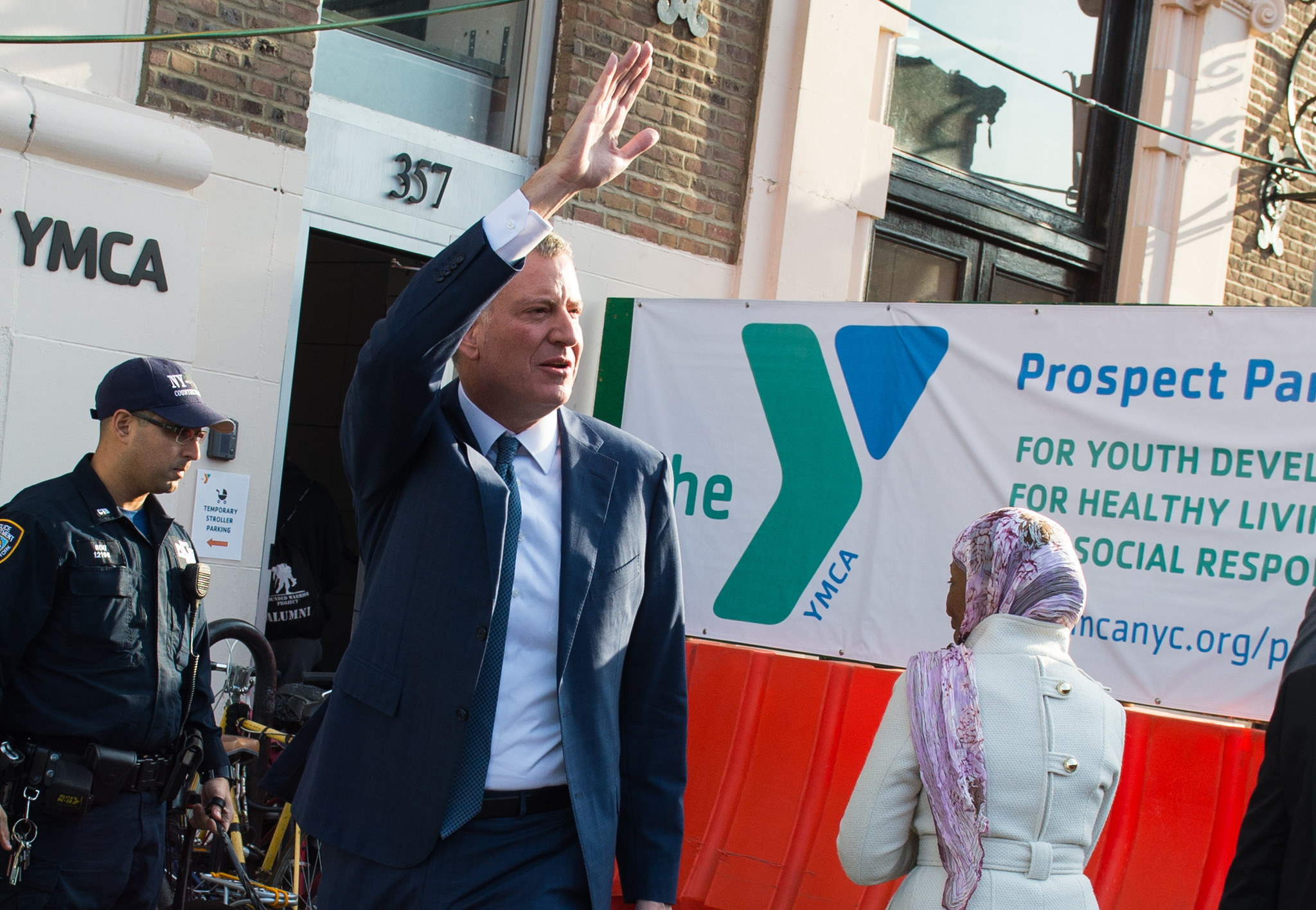 Bill De Blasio says YMCA beats SoulCycle and its pro-Trump owner