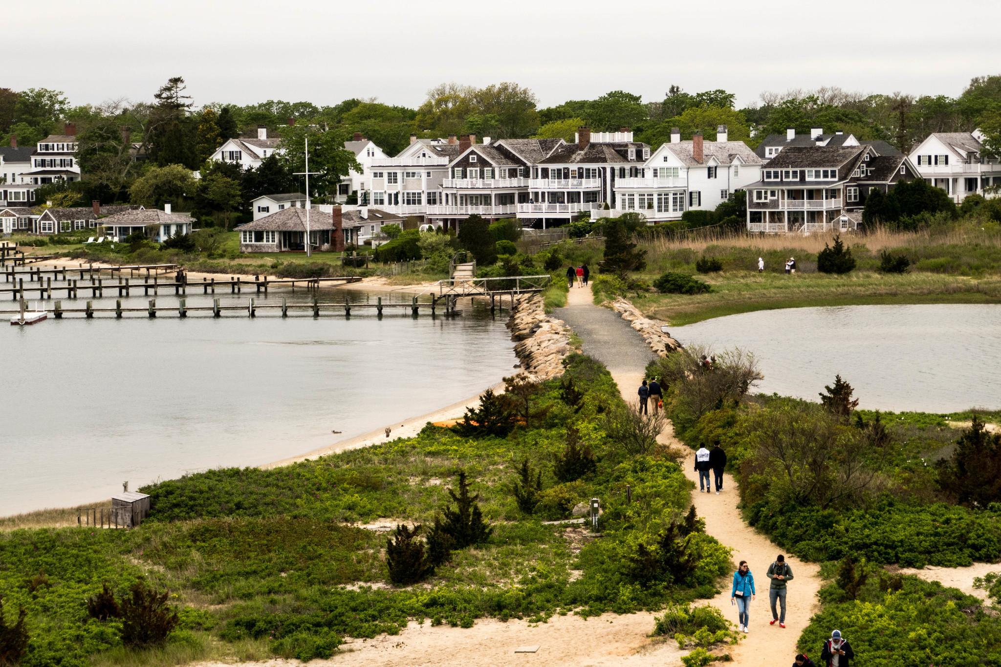 Barack and Michelle Obama drop almost $12 million on Martha's Vineyard beach estate: report
