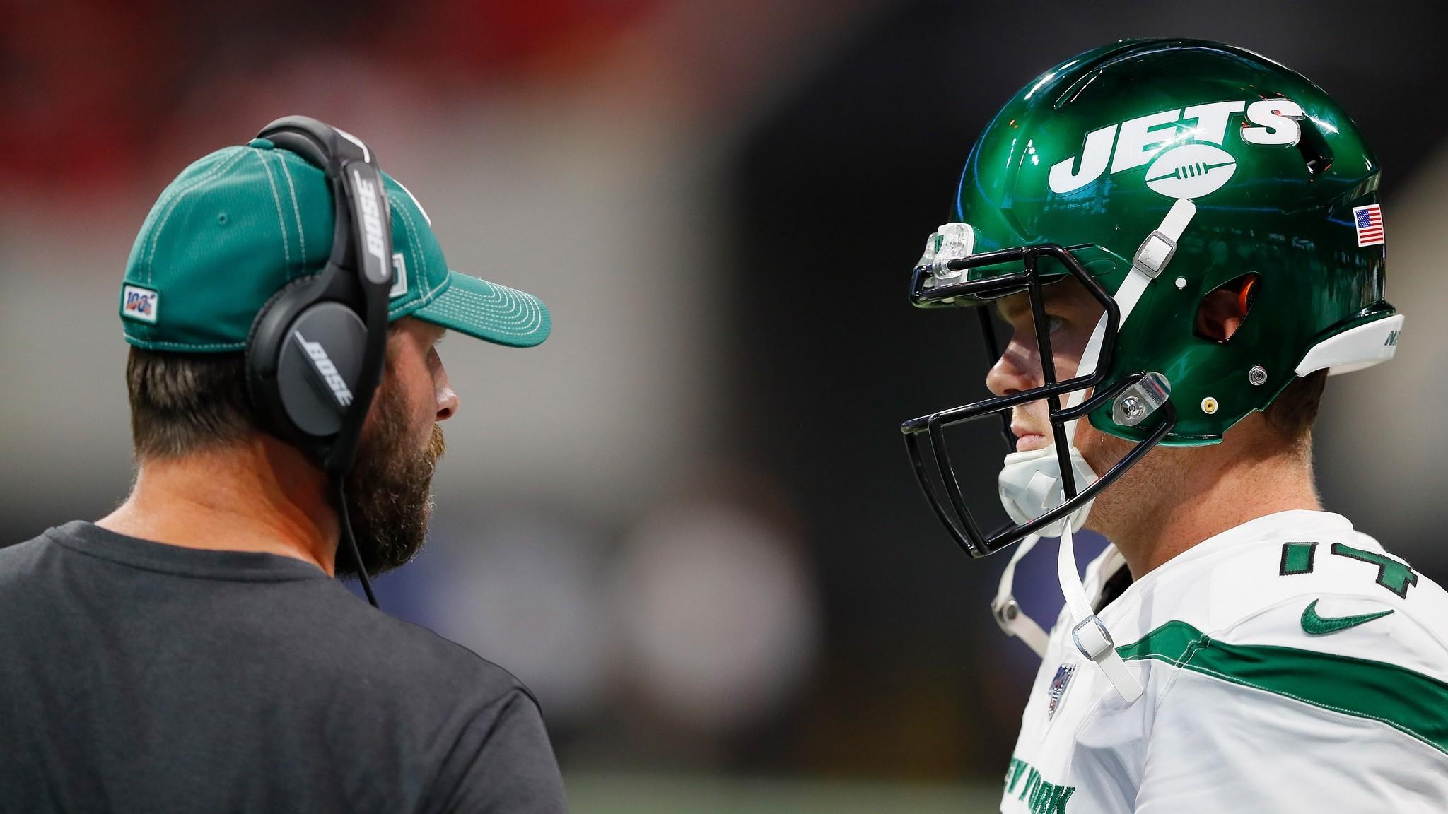 Jets Mailbag: Is Adam Gase holding back Sam Darnold?