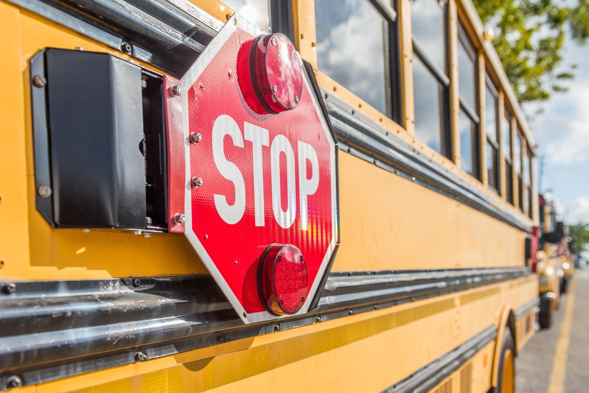 NYC school bus company drops 10-year-old with autism at wrong school, neglects to inform parents, says mom