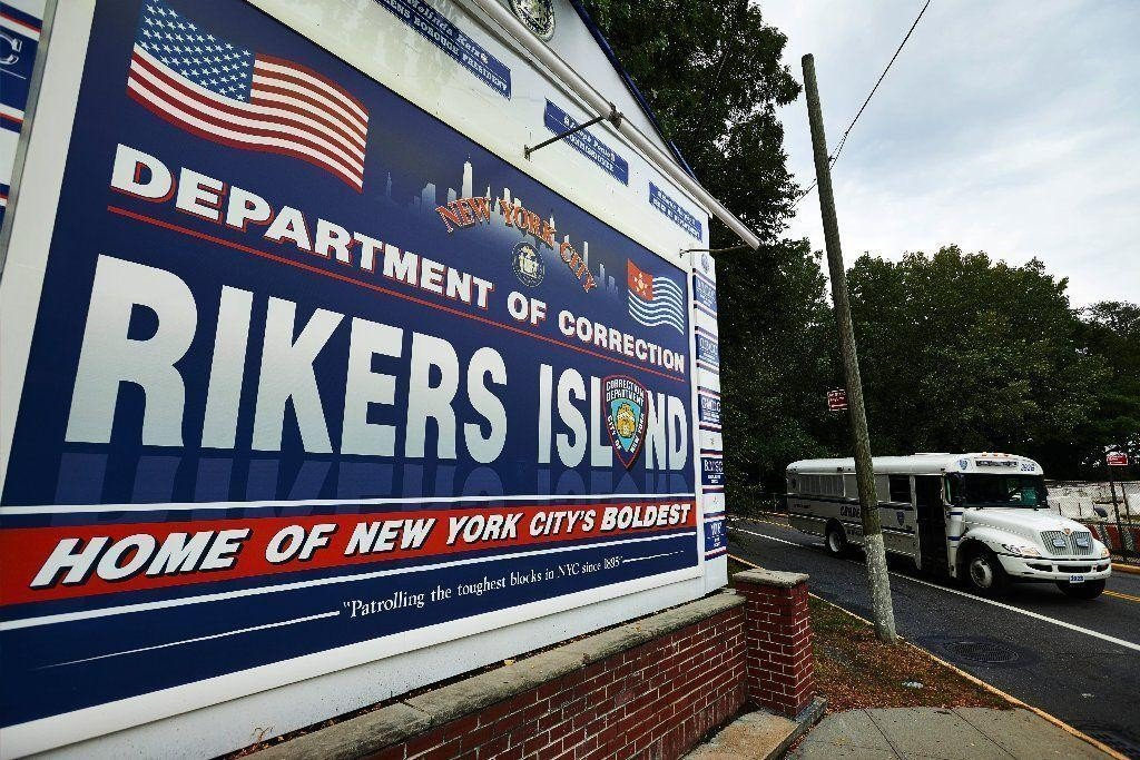 NYC district attorneys alarmed by accounts of horrible conditions at Rikers amid coronavirus outbreak