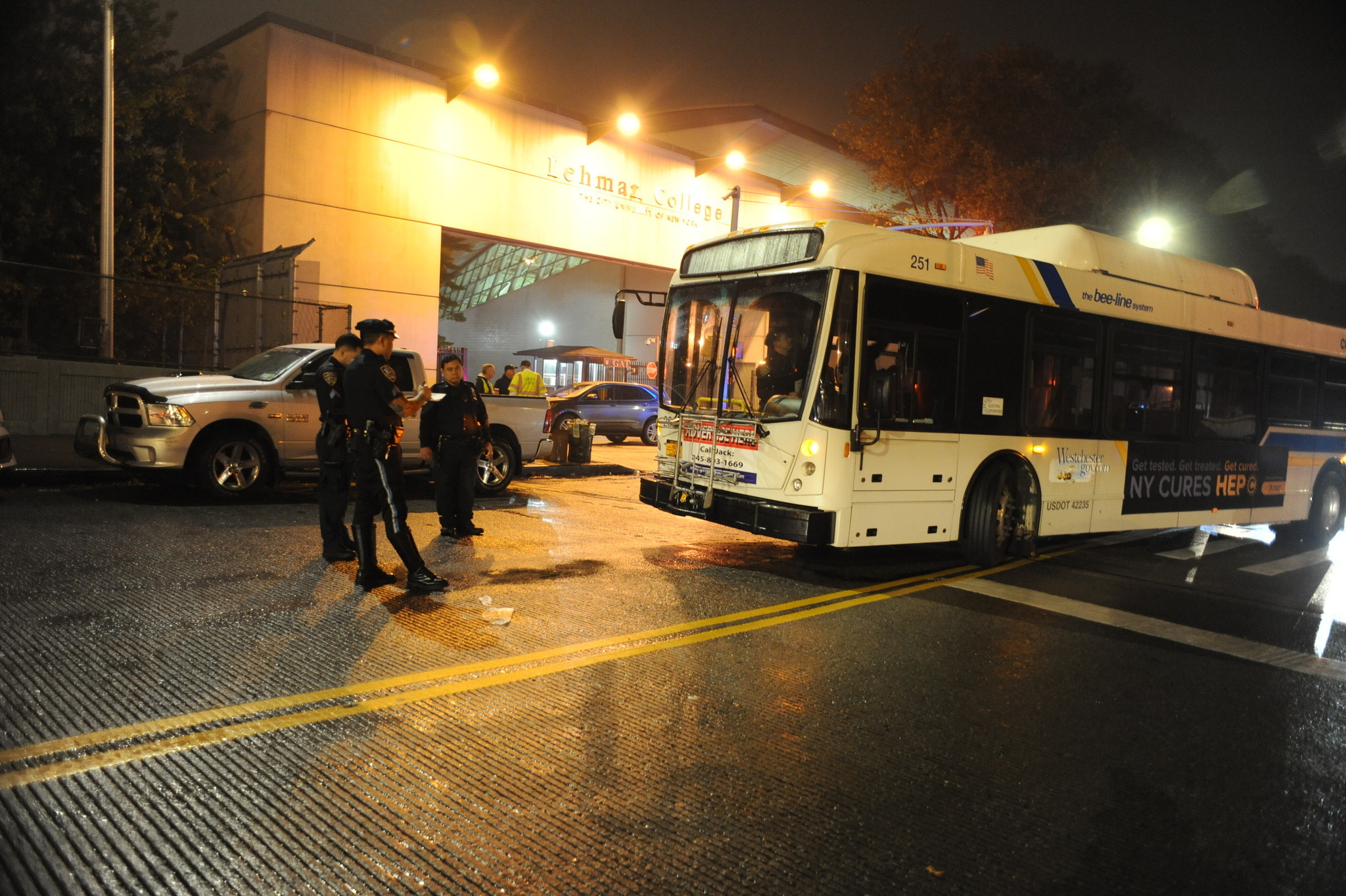 Woman struck, critically injured by Westchester Bee-Line bus outside Bronx's Lehman College