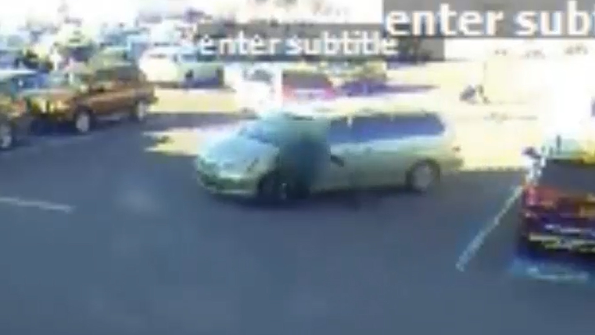 SEE IT: Minivan driver mows down woman in the Bronx, takes off
