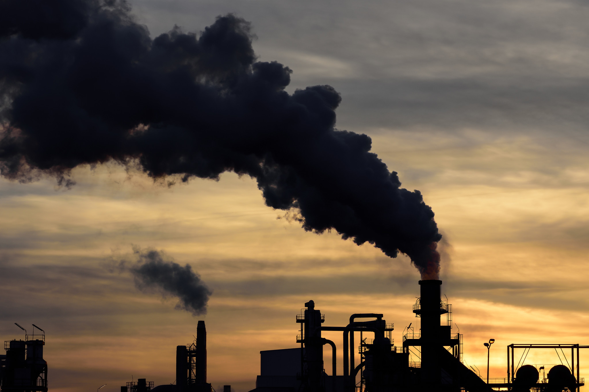 Carbon dioxide, most tenacious greenhouse gas, hits another atmospheric high