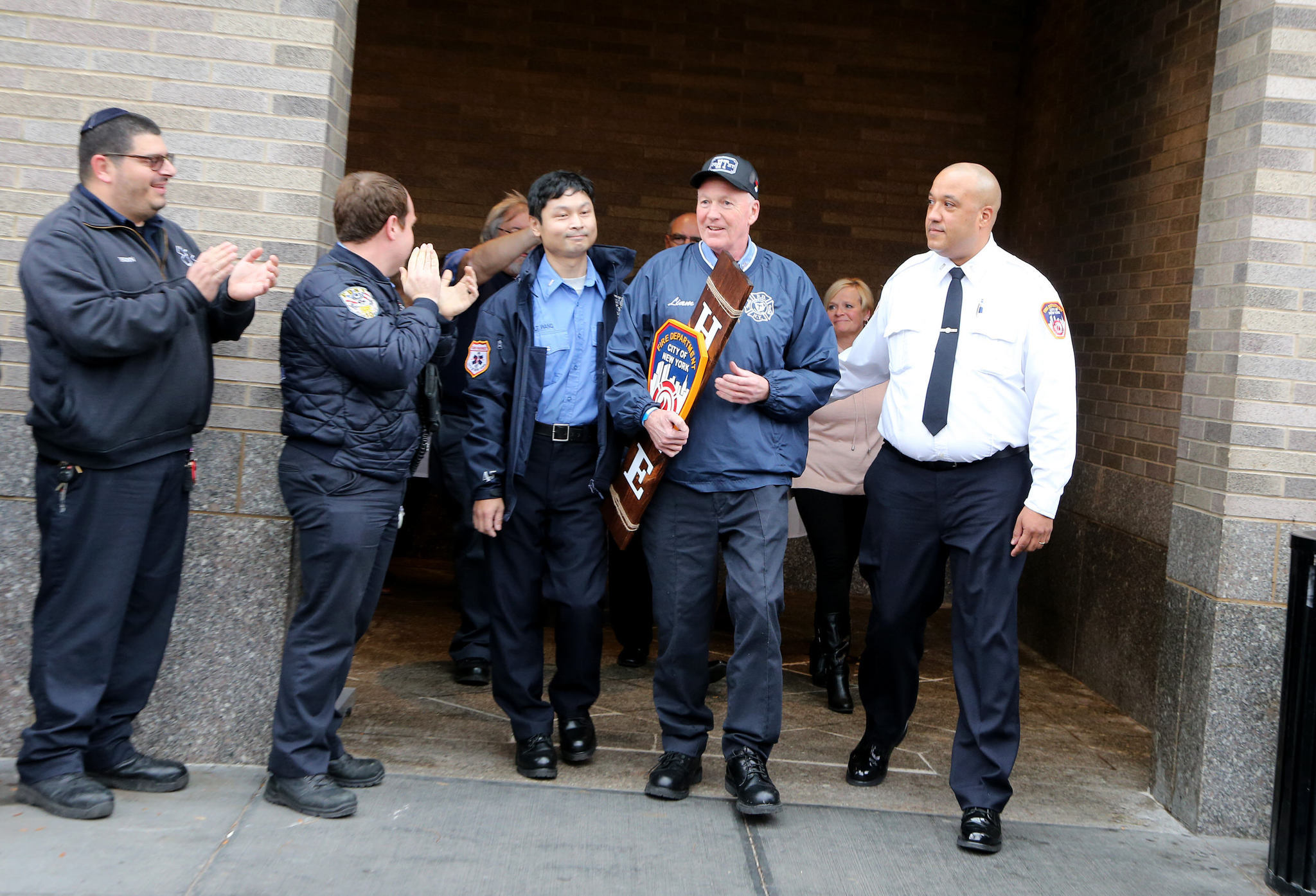 FDNY EMT who suffered stroke on the job heads home for Thanksgiving