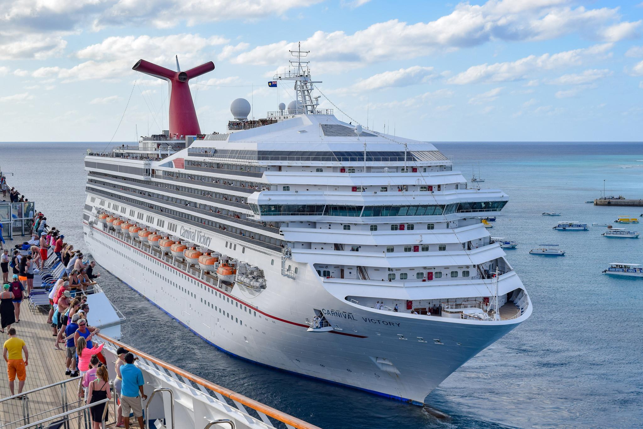 2 cruise passengers out of Galveston killed on Belize tour van crash