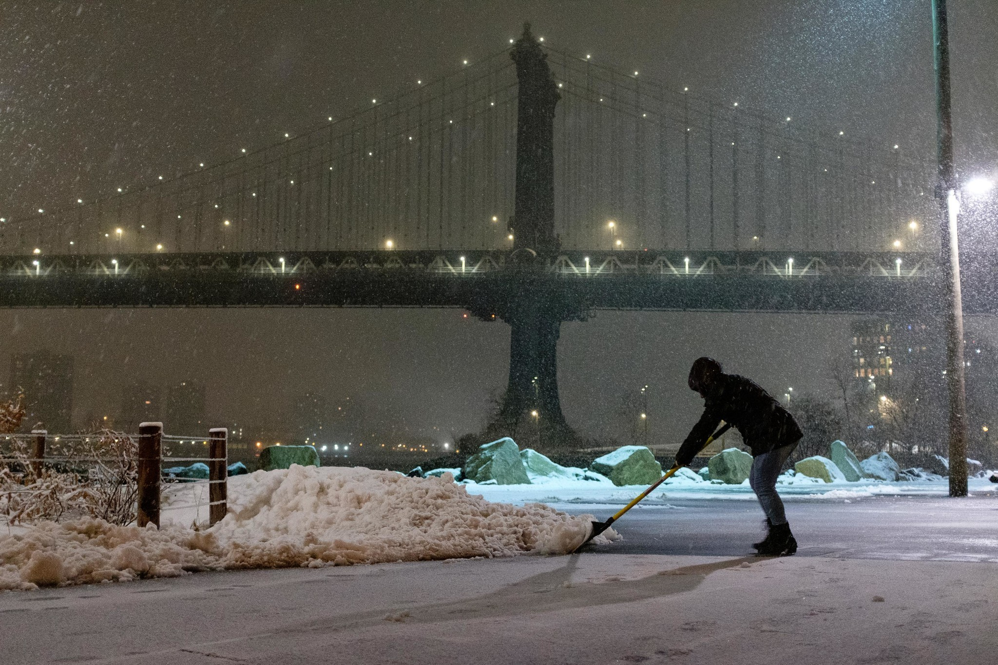 NYC may see snow, wintery mix as storm sweeps across country on the year's busiest travel weekend