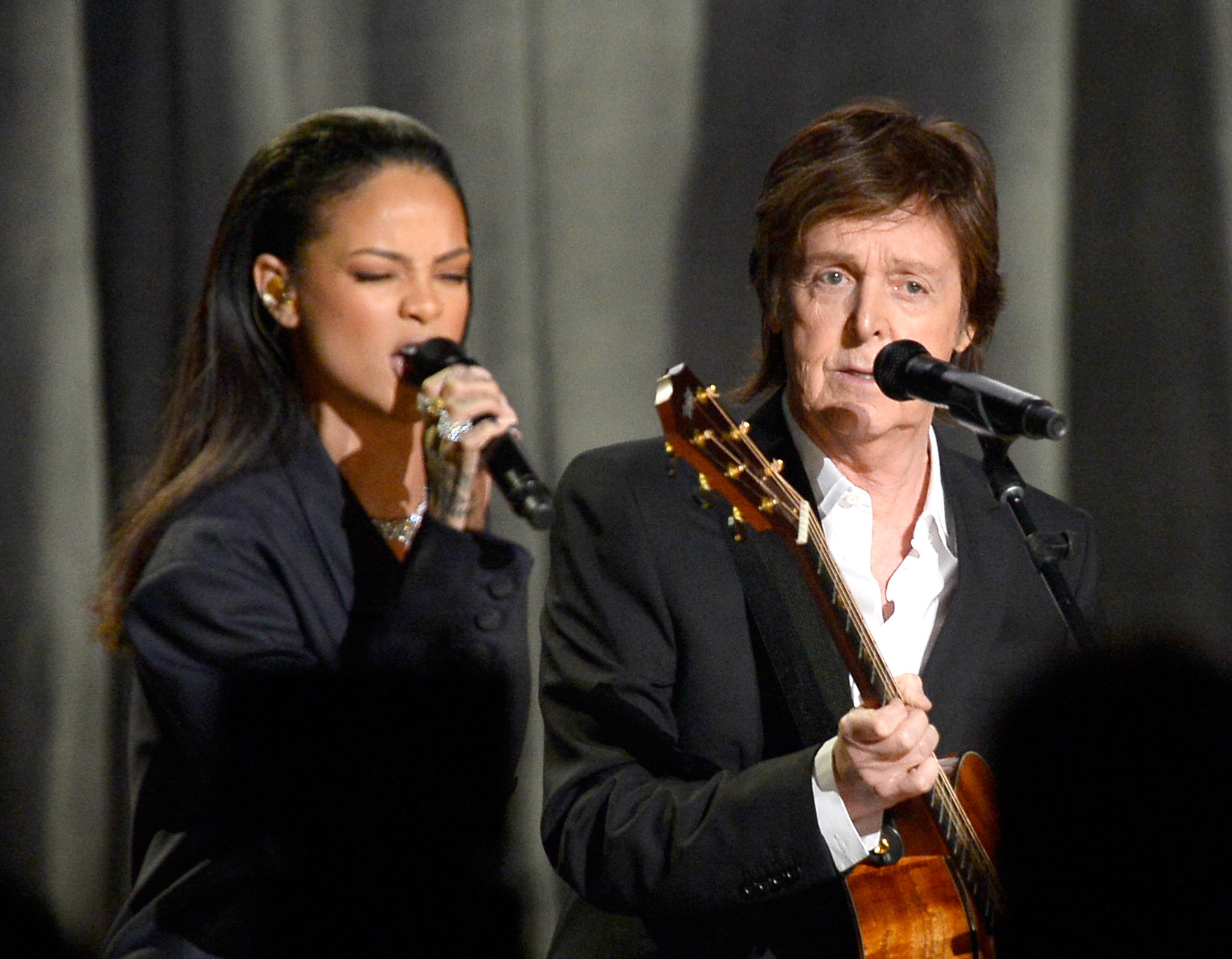 Rihanna runs into 'legend' Paul McCartney: 'Who is this peasant filming this legend?'