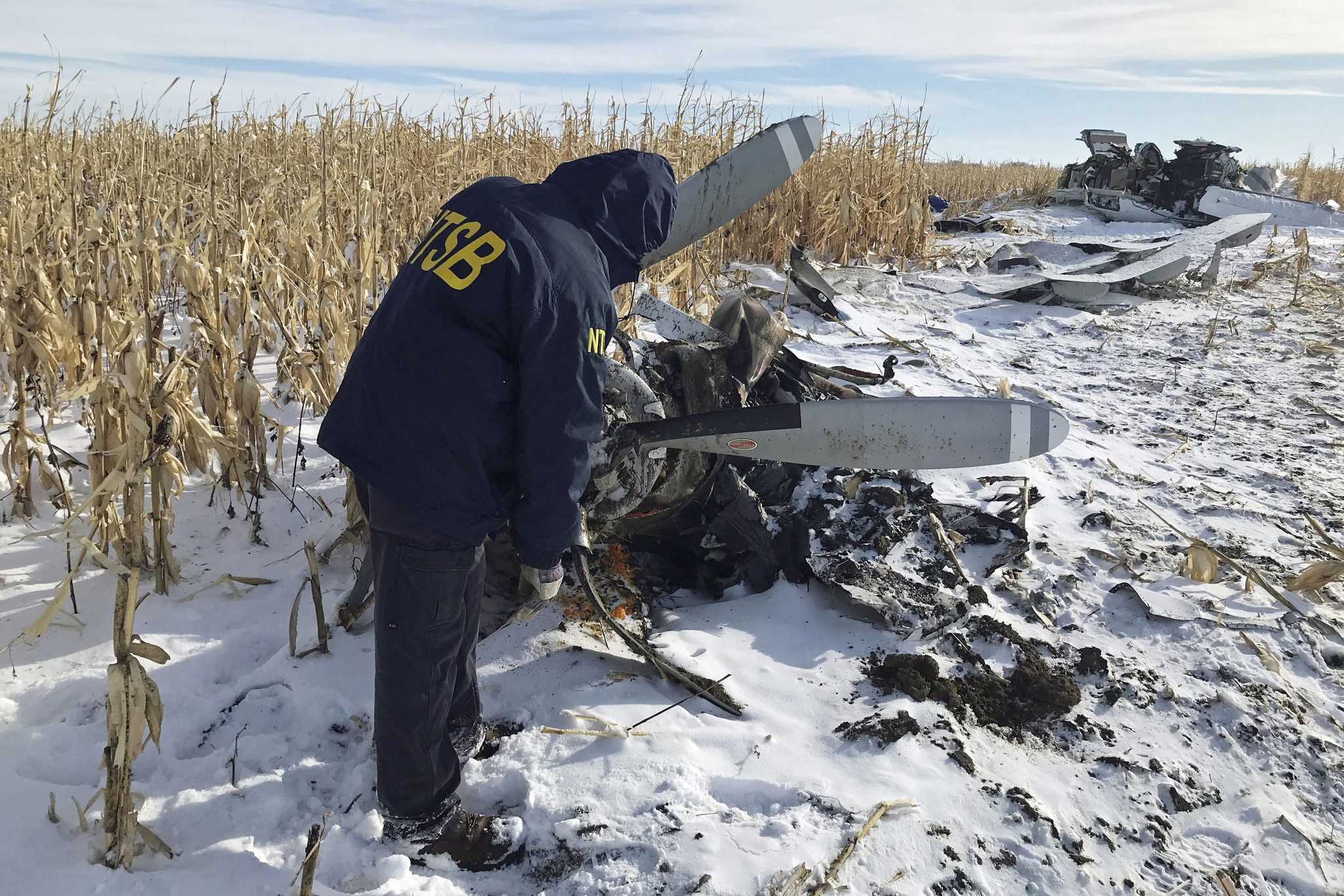 Pilot of plane that crashed in South Dakota, killing 9, was given permission to fly despite wintry weather