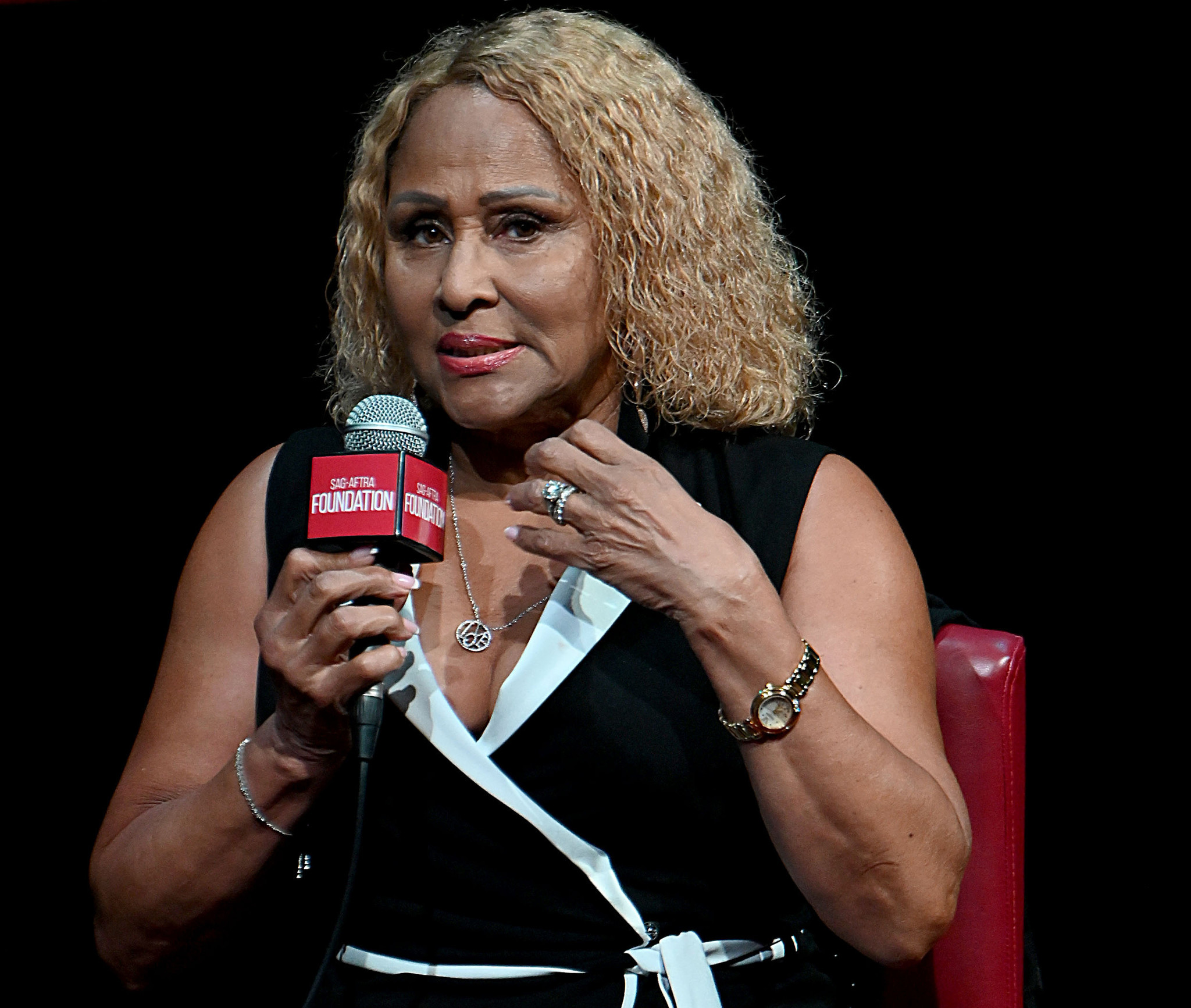 Singer Darlene Love slams producers for booking younger musicians to cover her classic song 'Christmas (Baby, Please Come Home)'