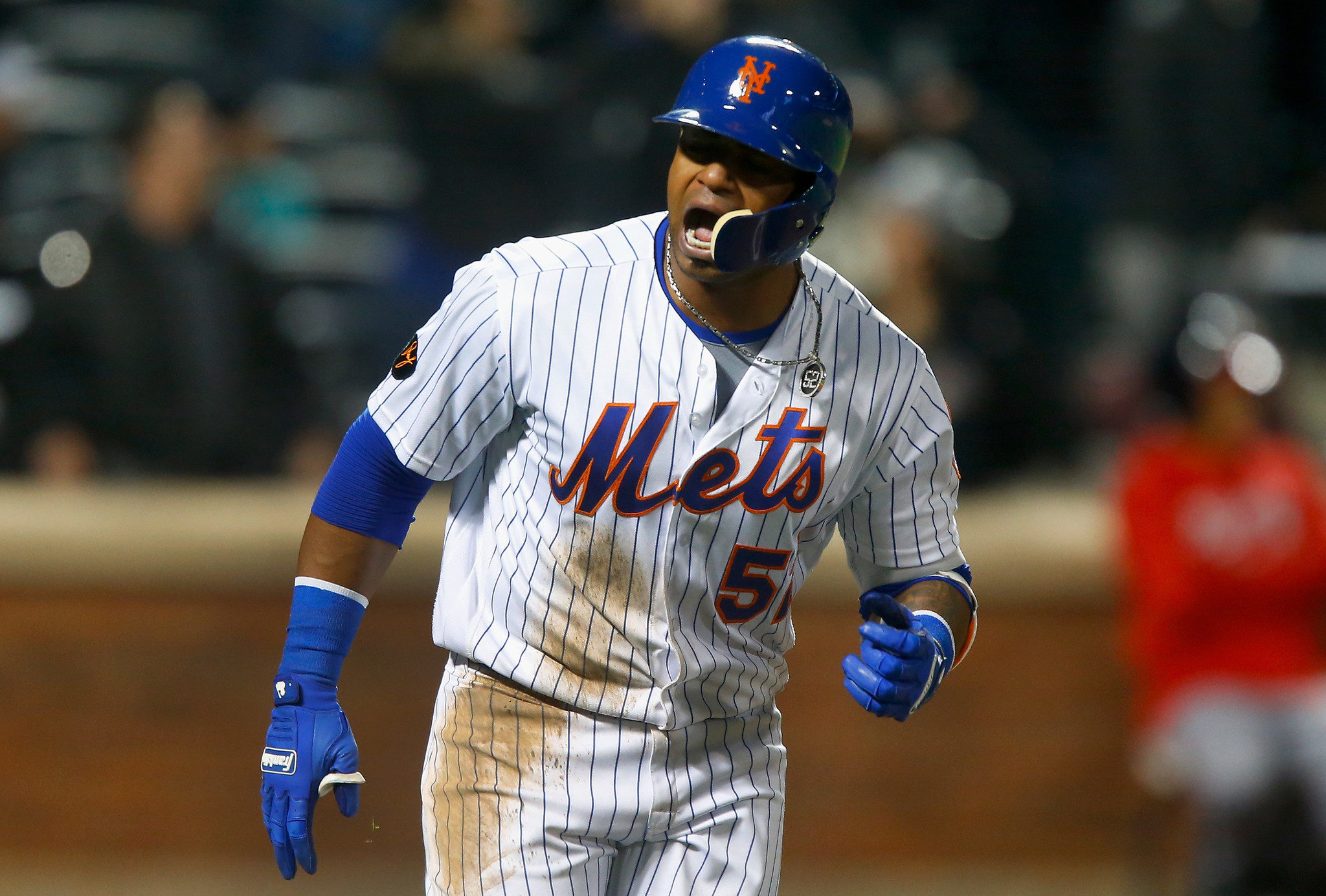Injured Mets slugger Yoenis Cespedes has started running, hitting and throwing again