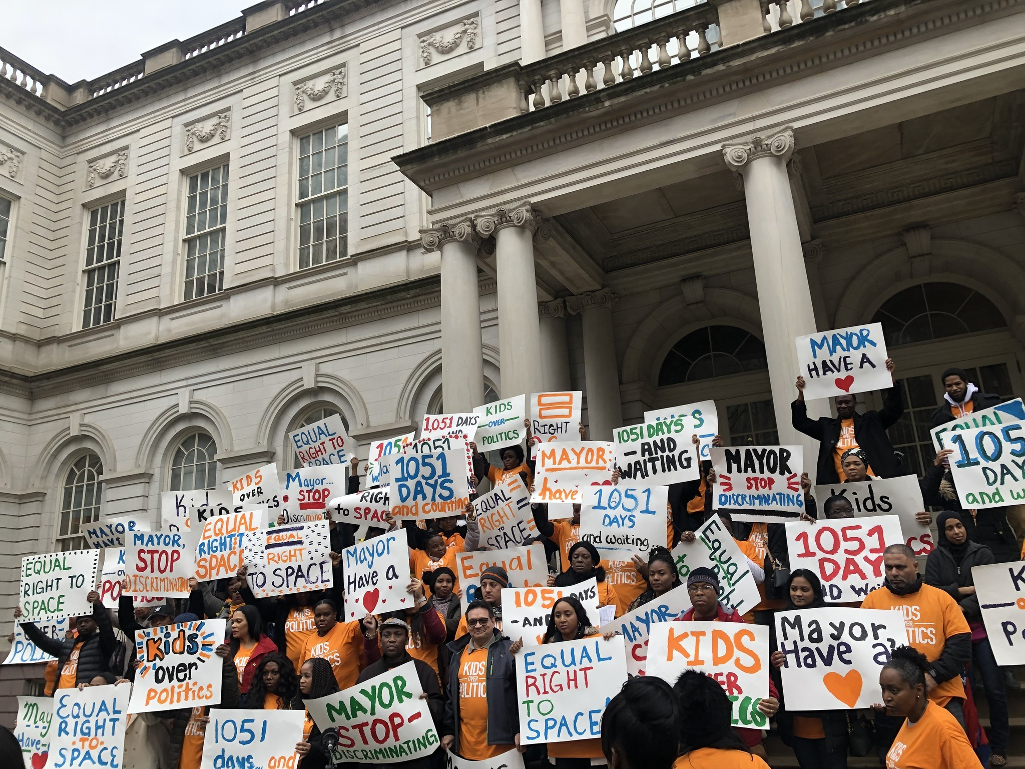 Success Academy parents rally against de Blasio's Queens middle school offer