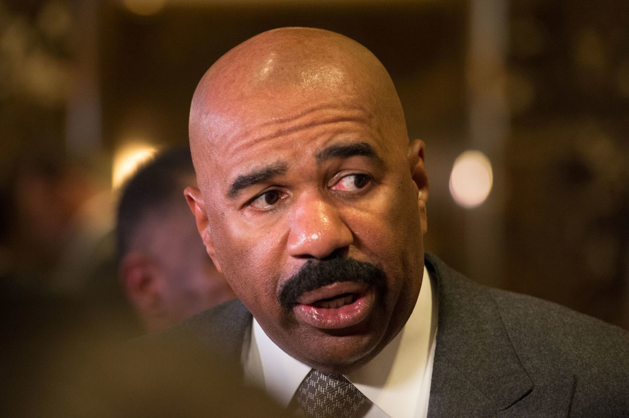 Steve Harvey to revive canceled daytime talk show on Facebook