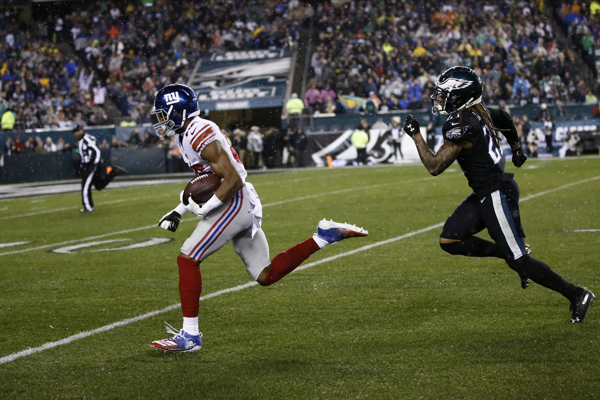 Giants WR Darius Slayton says catching balls from Eli Manning was 'kind of crazy'