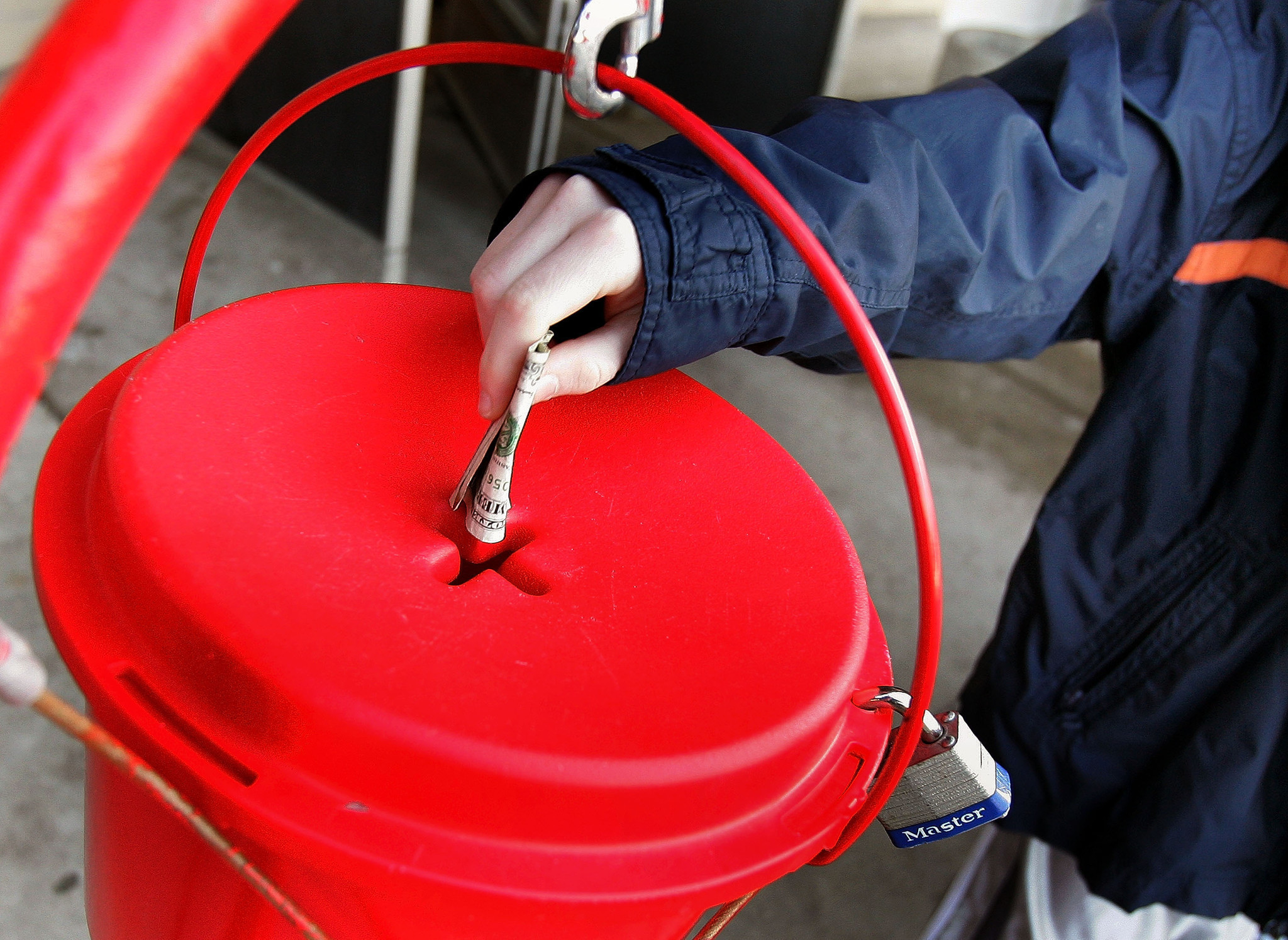 Gold coin worth $1,500 found among pocket change in Salvation Army kettle in Indiana
