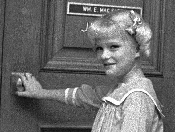 Jodie Foster vied for Cindy role on 'Brady Bunch,' claims Susan Olsen