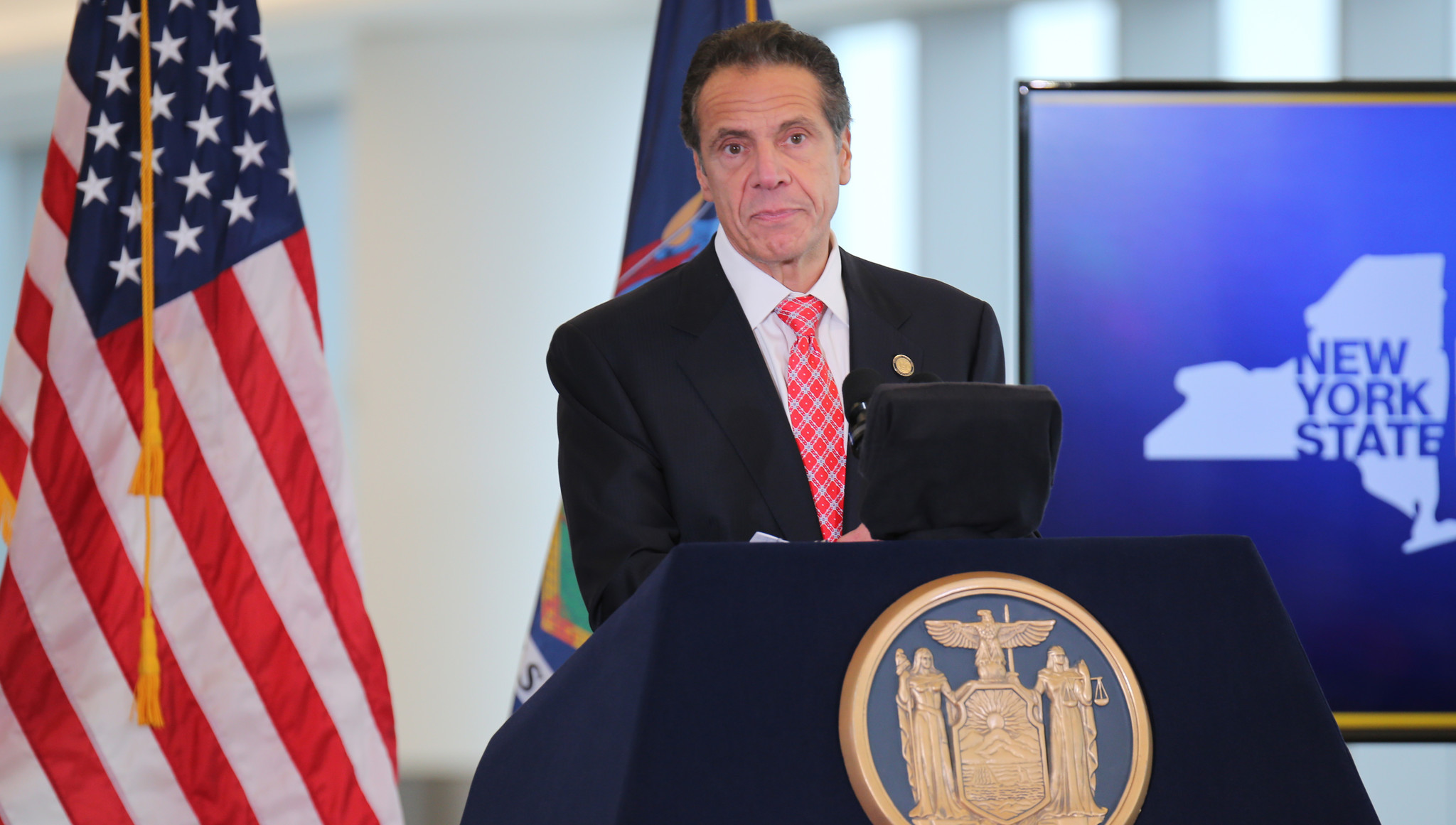 Cuomo calls for consultants to tell him why high speed rail is so expensive