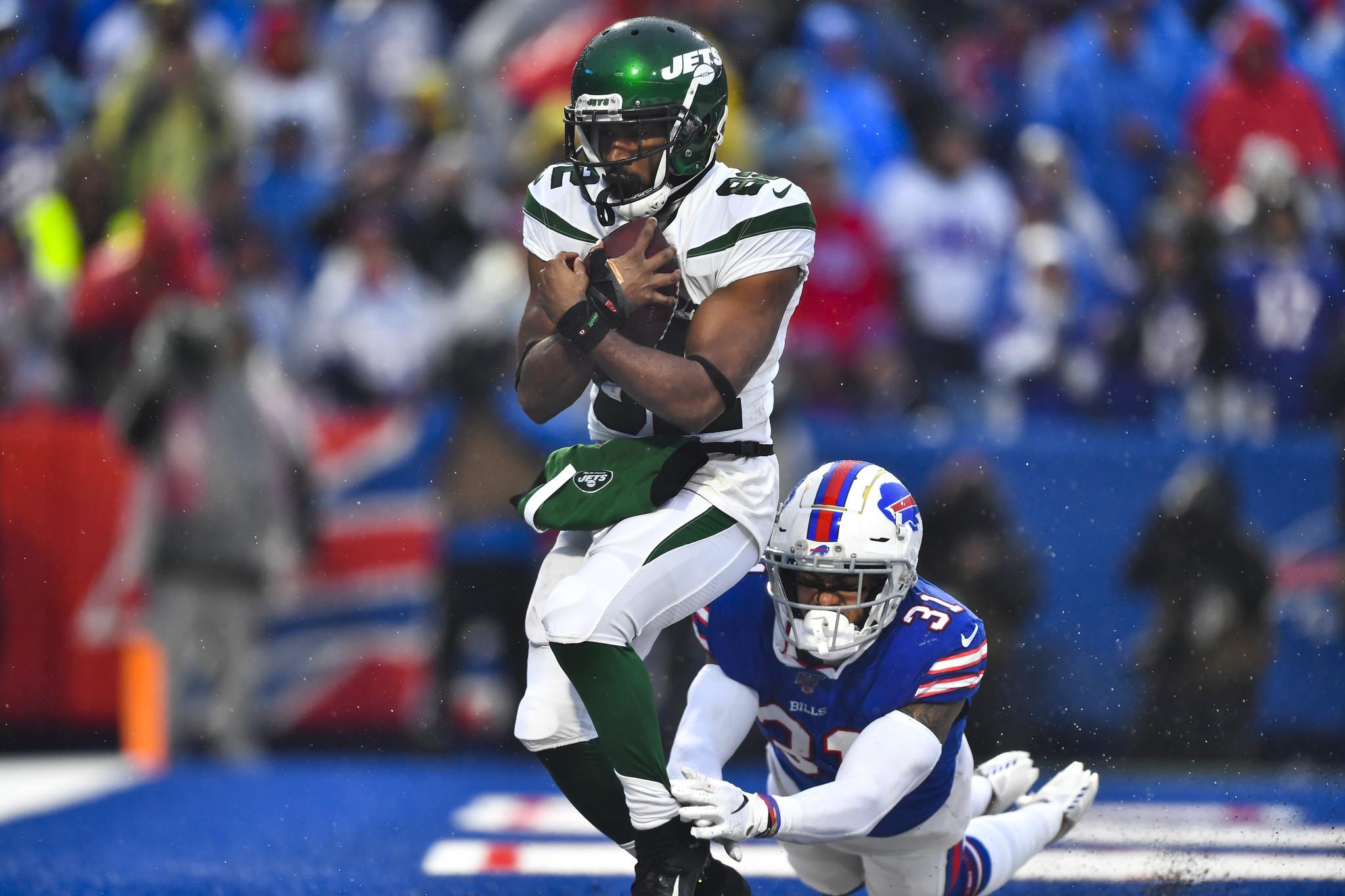 Jets beat Bills backups in unimpressive season-finale