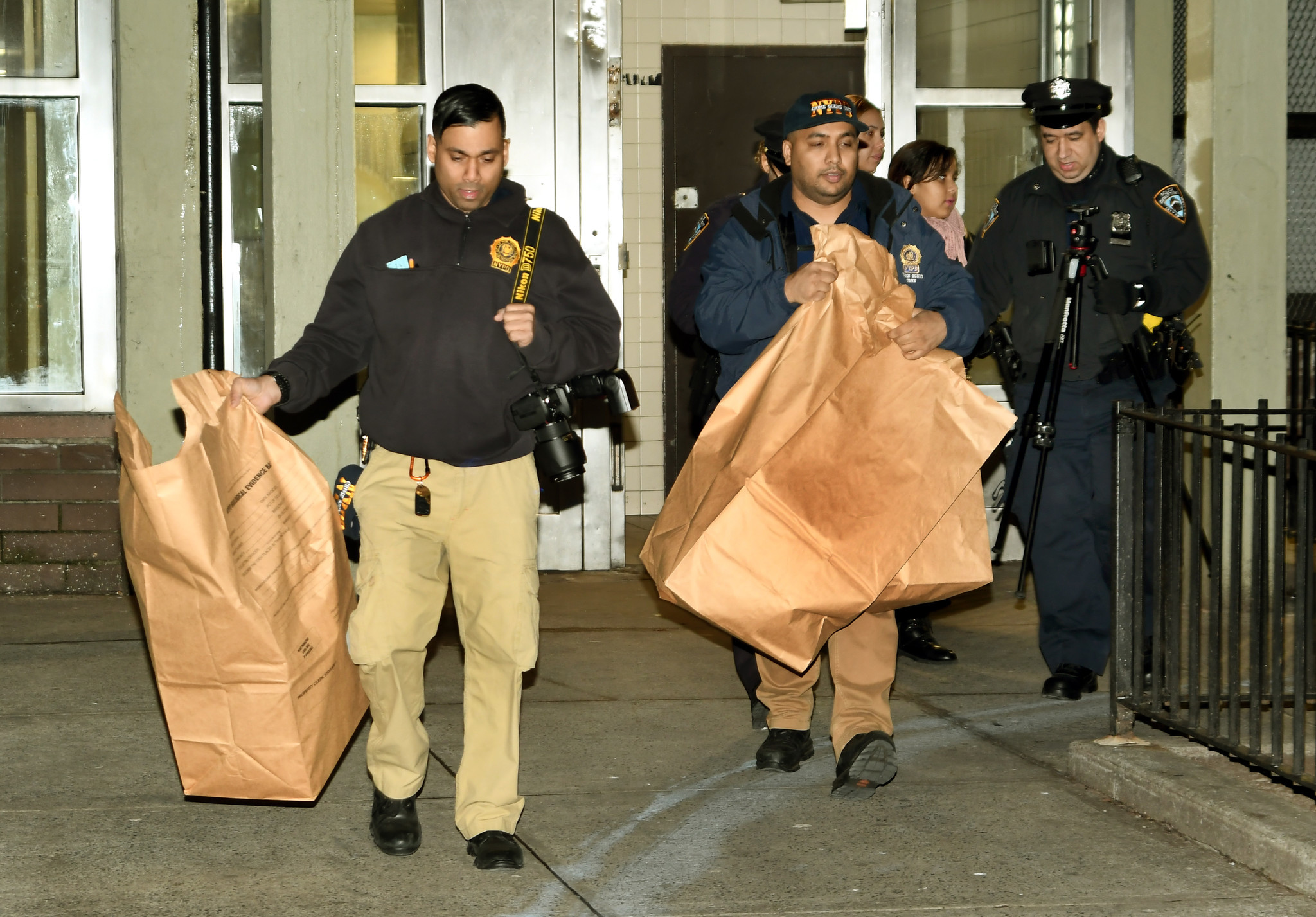 Fugitive NYC housing worker turns himself for shooting his boss