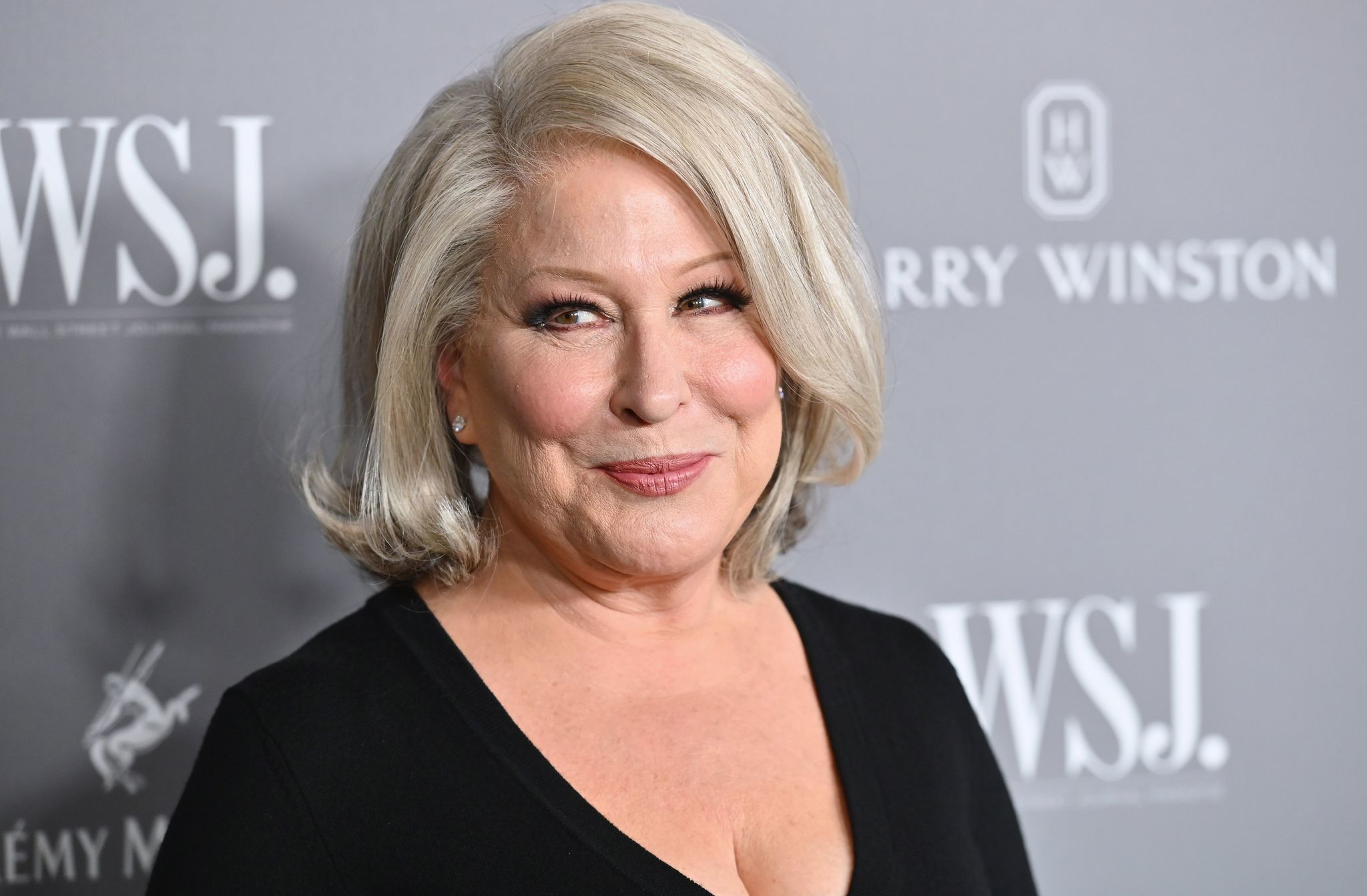 Bette Midler says she'll match Pink's $500K donation to Australia; slams Rupert Murdoch