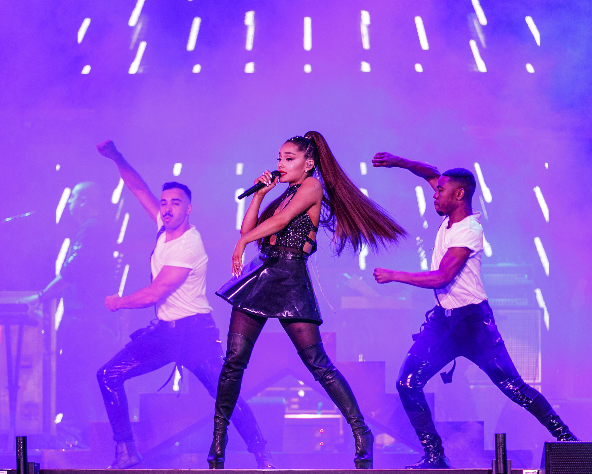 Ariana Grande announces plans to perform at Grammys after skipping 2019 show