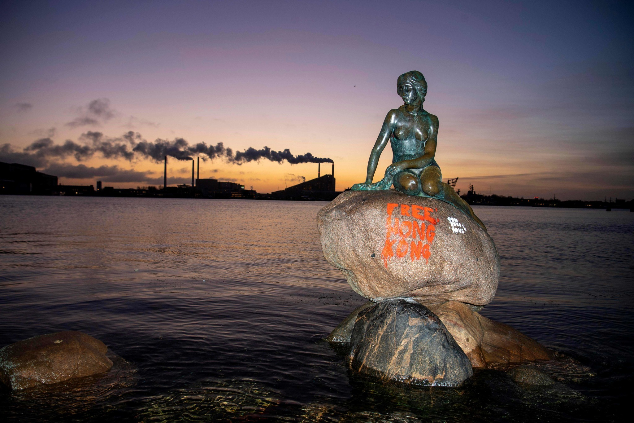 'Free Hong Kong' graffiti spray-painted onto famous Little Mermaid statue in Denmark