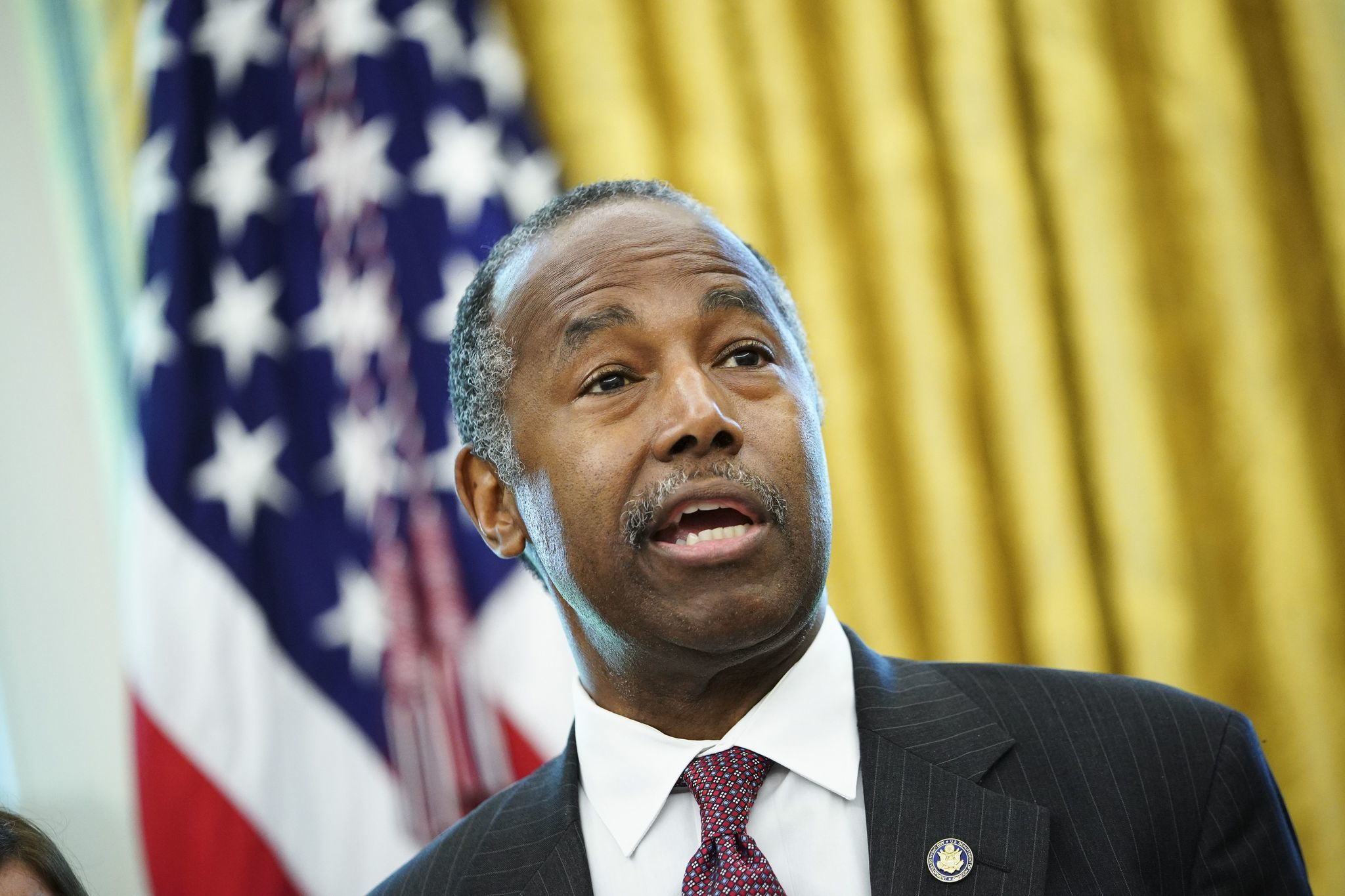 HUD honcho Ben Carson praises NYCHA leadership, says goal is to reduce number of public housing tenants