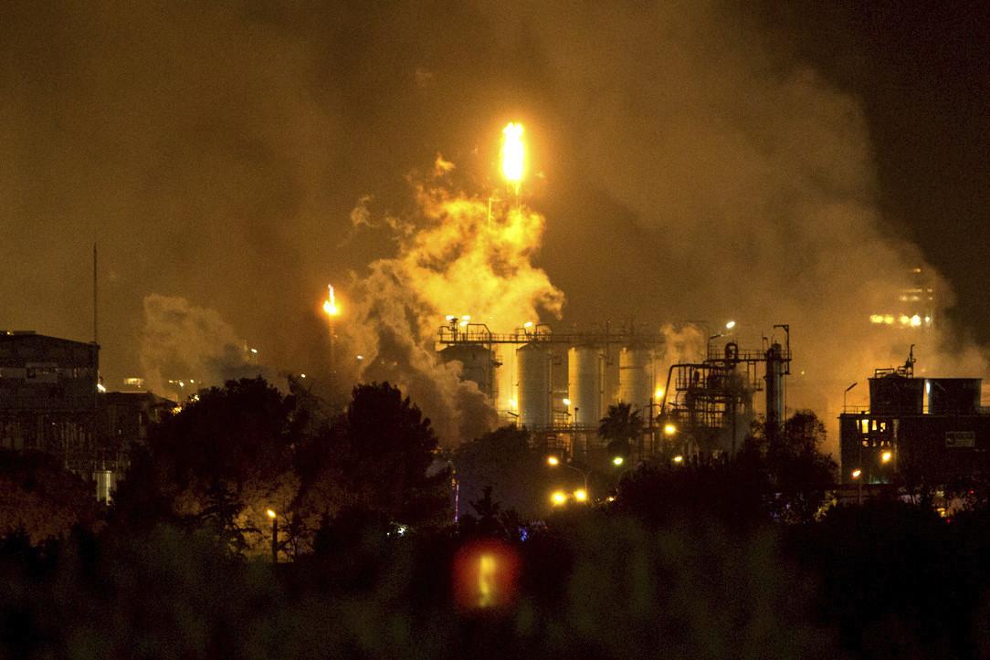 Chemical plant blast in Spain kills man nearly 2 miles away
