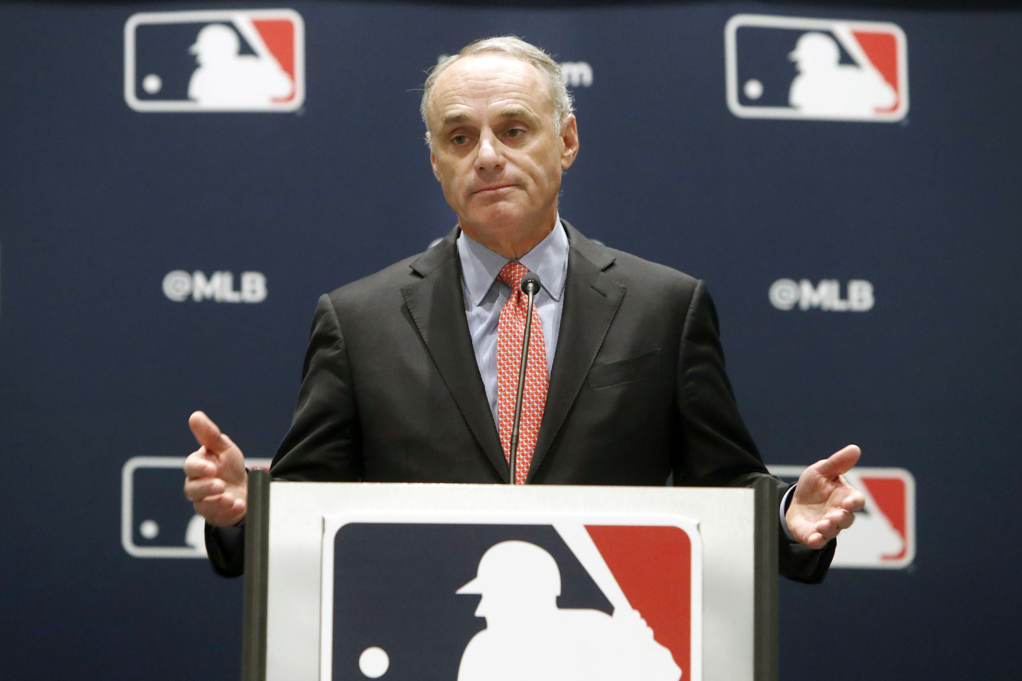 Rob Manfred has a credibility problem