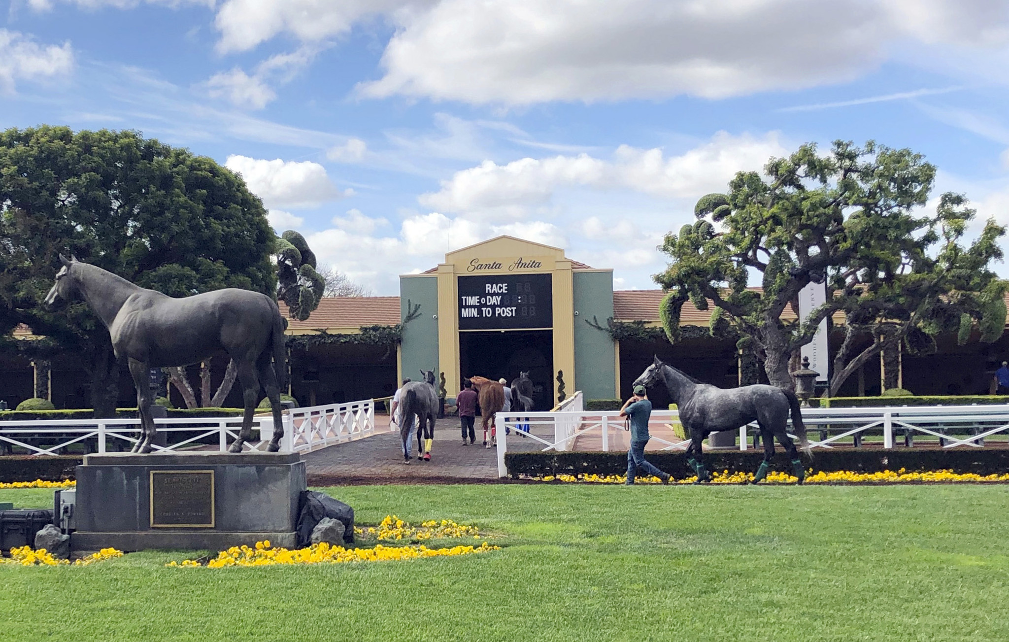 Third horse dies in three days at Santa Anita Park