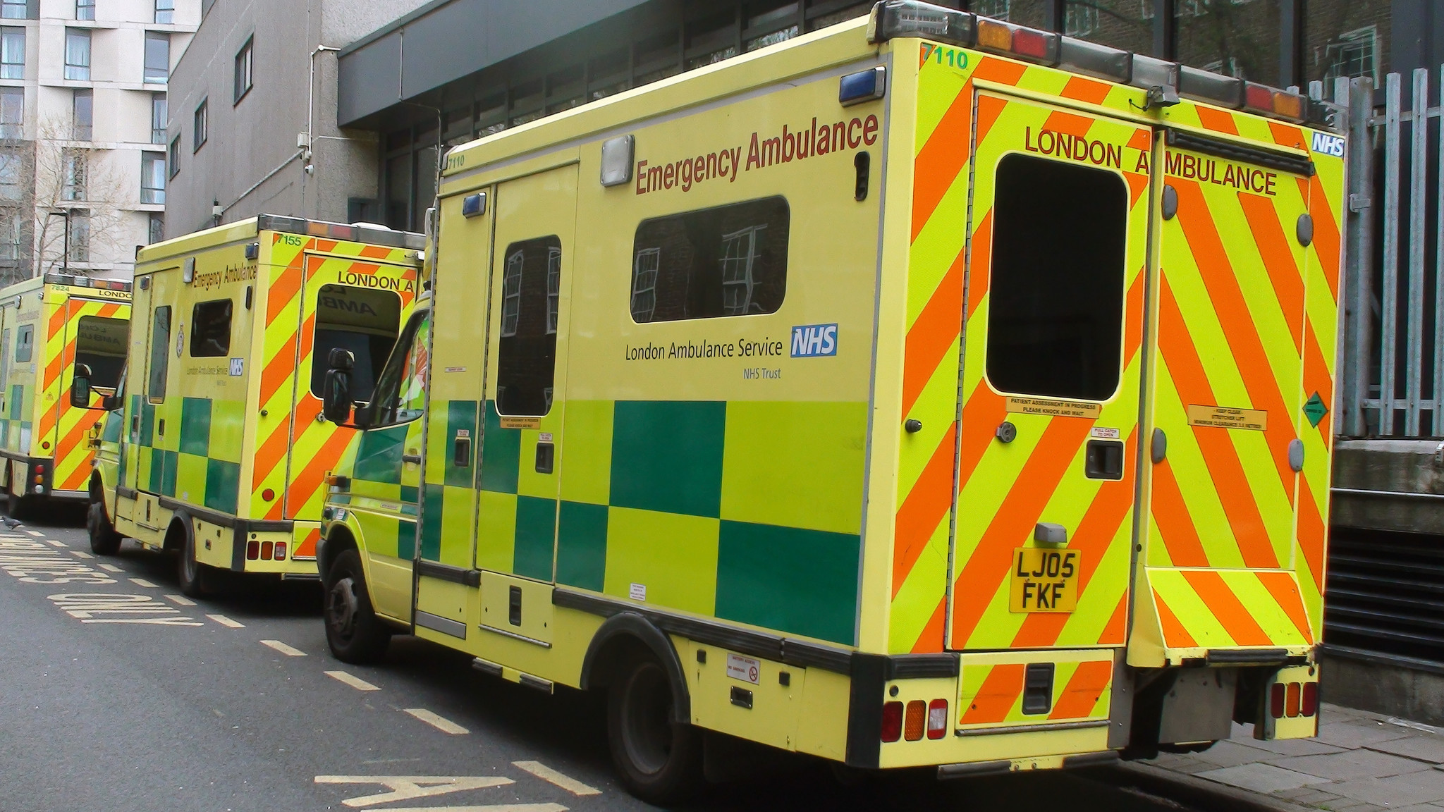 Three men killed after triple stabbing in London