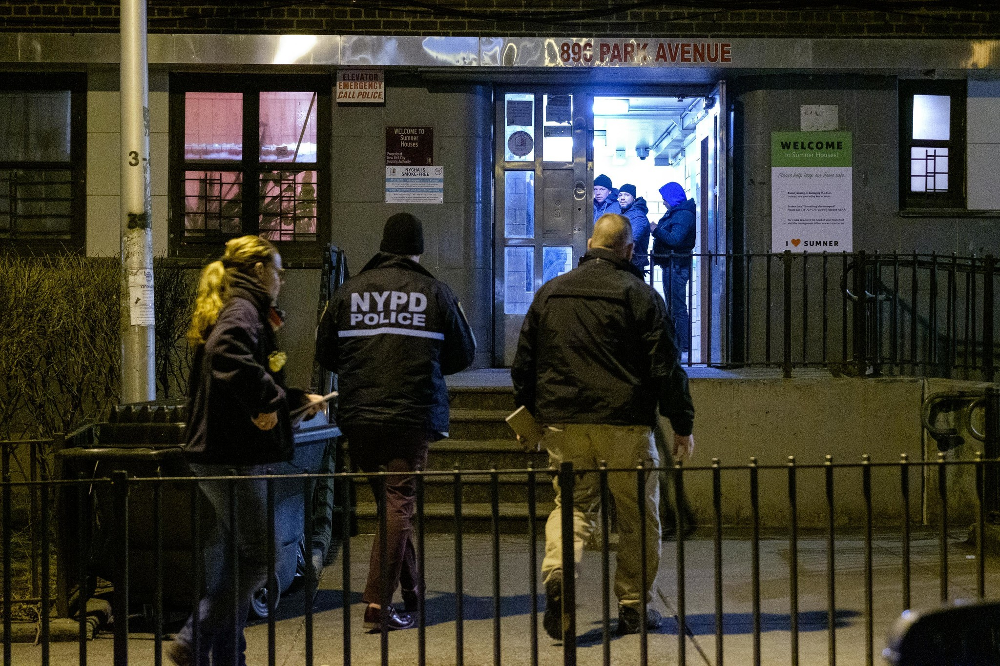 Brooklyn man who fatally shot mom took photos of her dead body: prosecutors