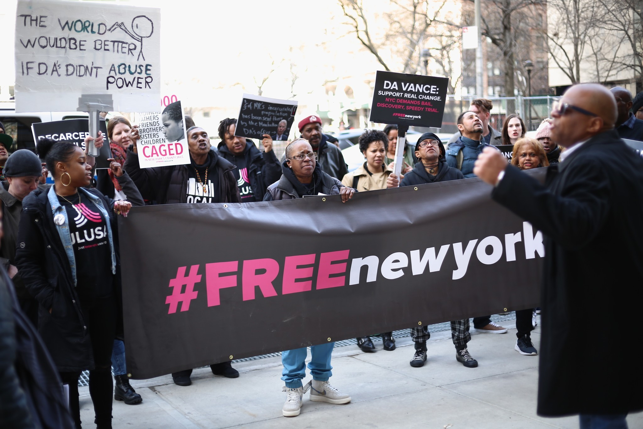 New York police unions want bail reforms out of budget