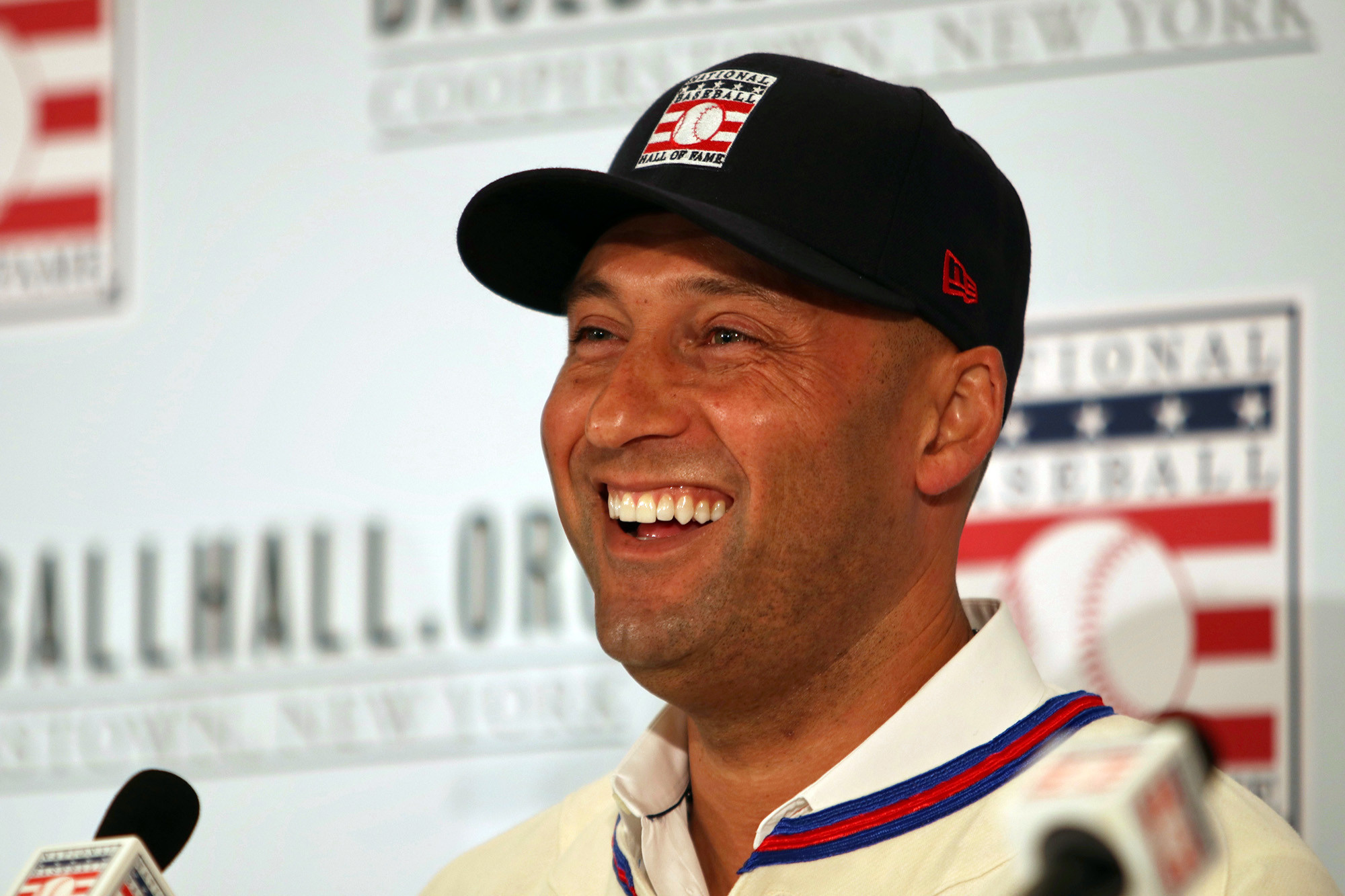 The one person who didn't vote for Derek Jeter for the Hall of Fame is still hiding