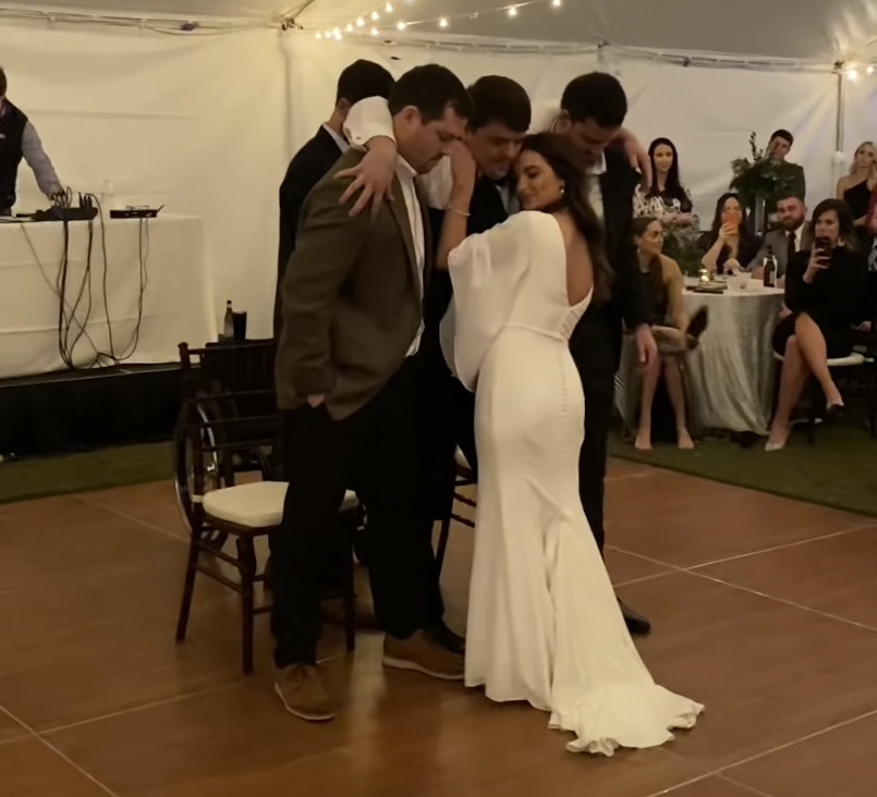 Paralyzed ex-baseball player dances with wife at their wedding
