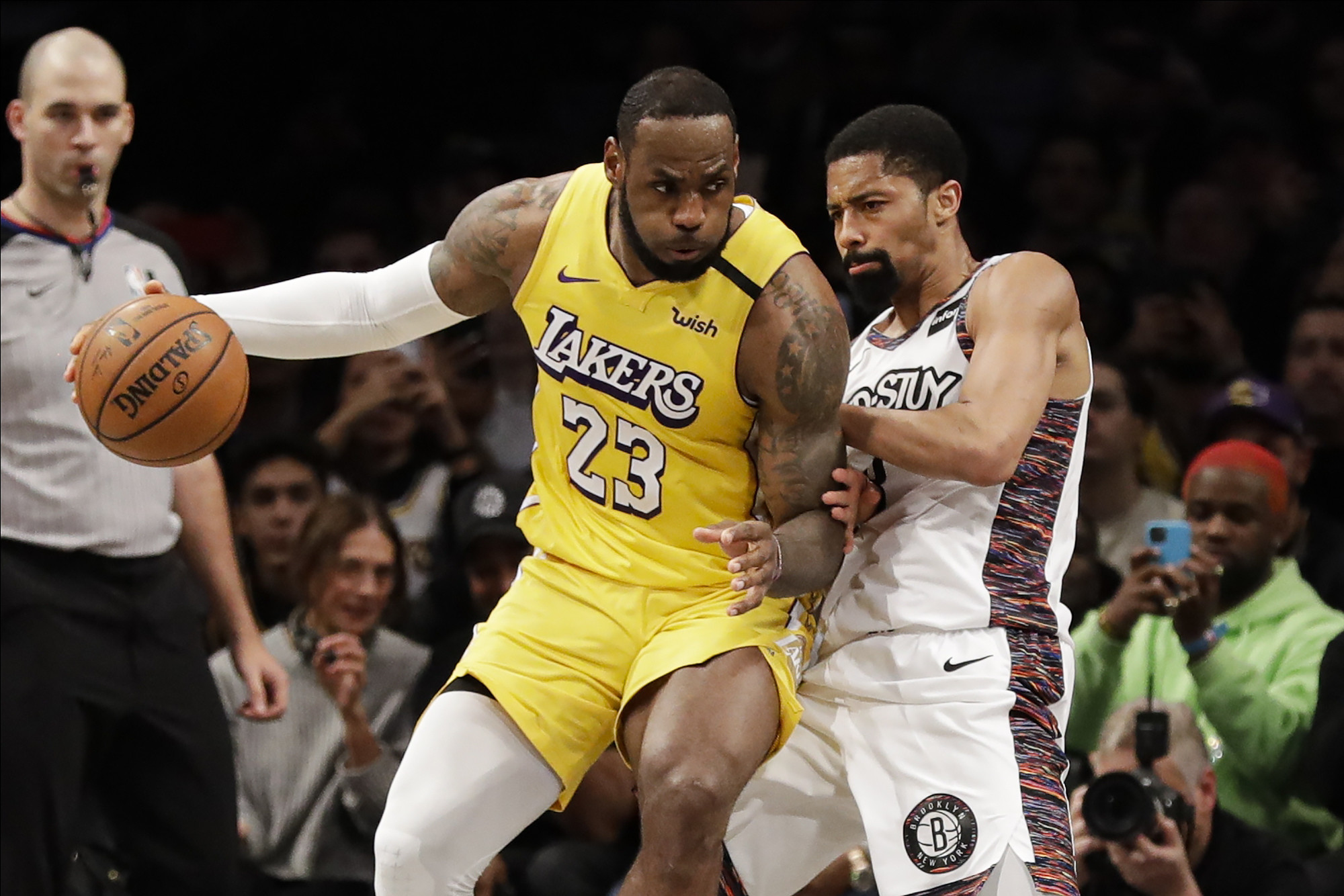 The Lakers showed the Nets what real champions look like