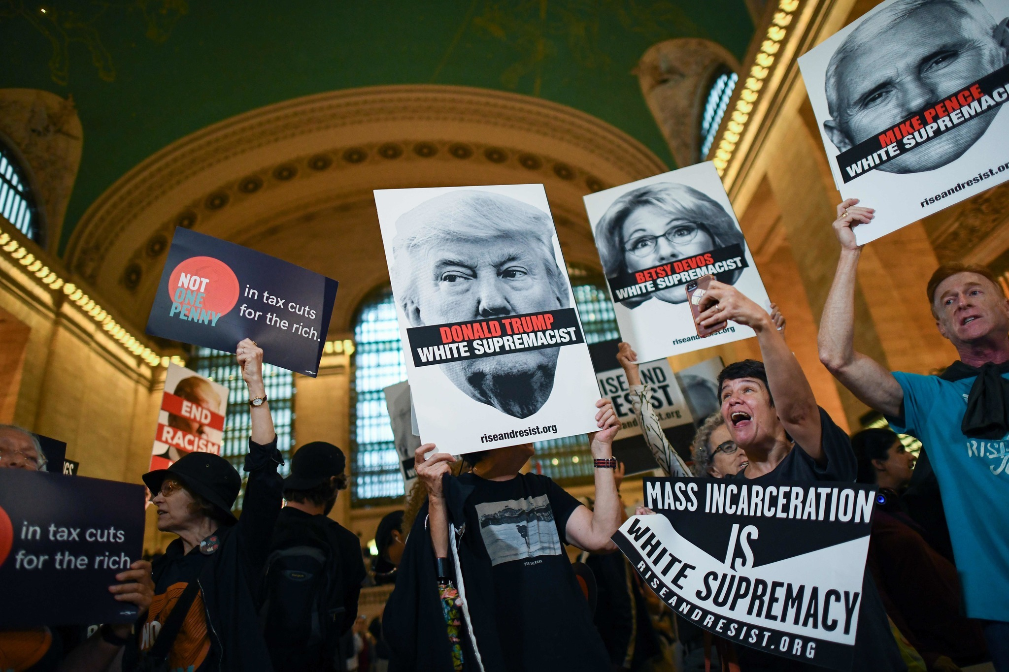 GRIDLOCK SAM: Grand Central Terminal due for anti-Trump protest during Monday evening rush hour