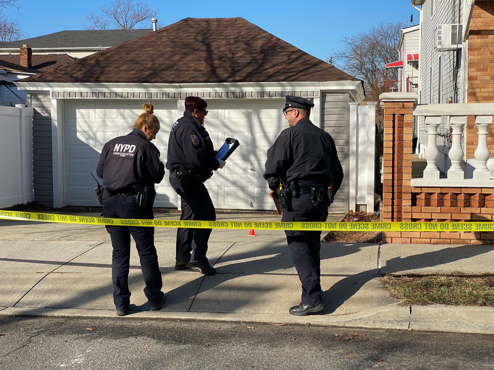 Pregnant woman shot in both hands while parked in her Queens driveway