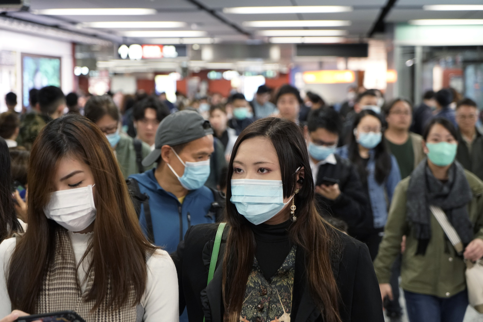 China extends New Year holiday as coronavirus death toll jumps to 81