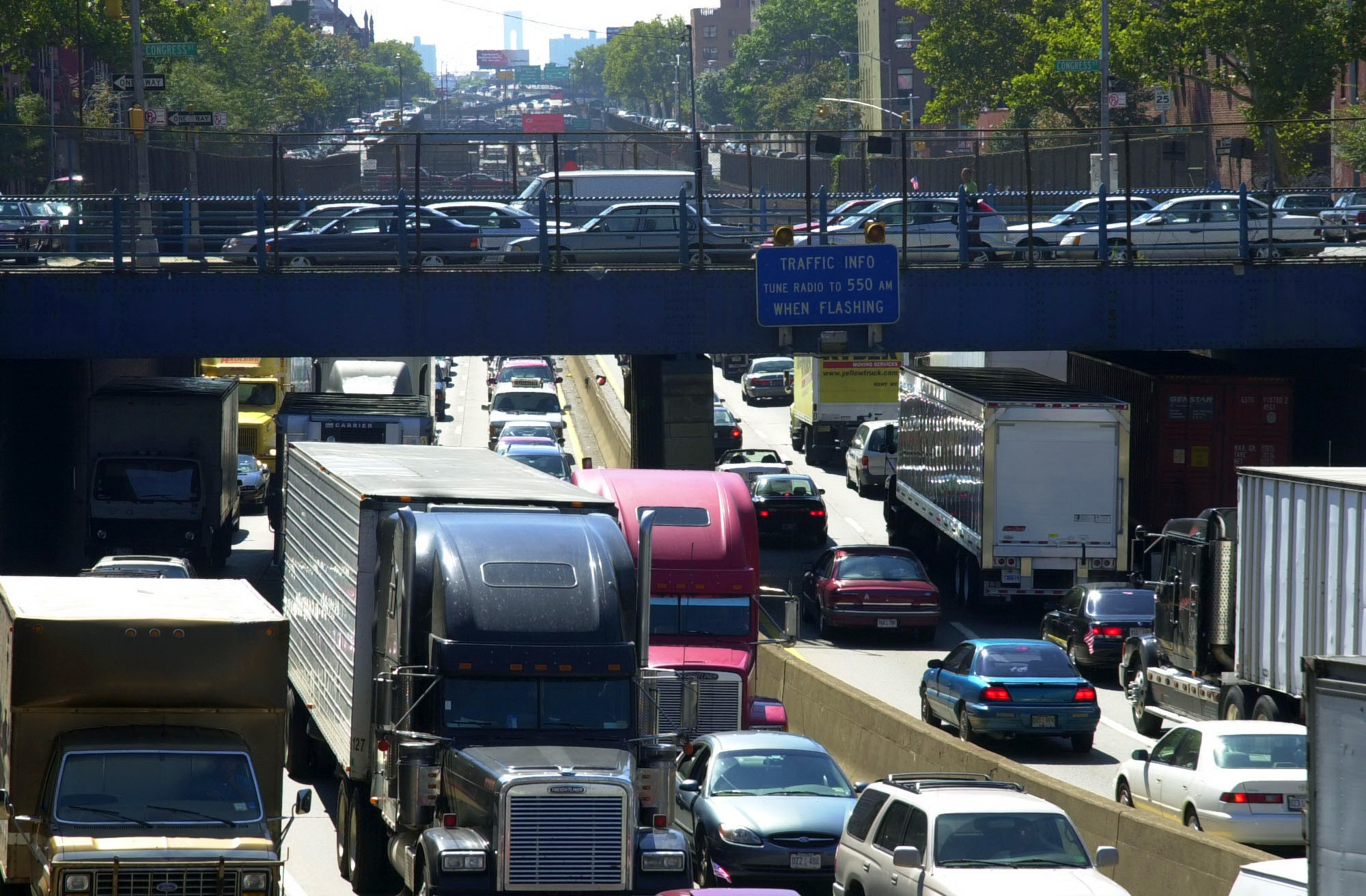 A better future for the BQE: A park instead of giant parking lot