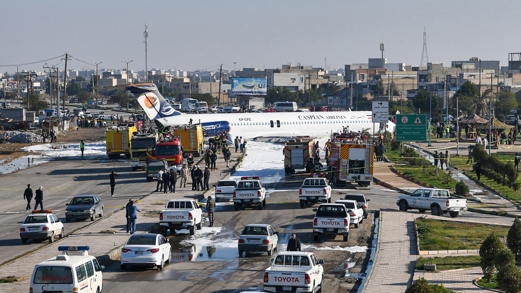 Caspian Airlines plane overshoots runway, makes botched landing on Iranian highway