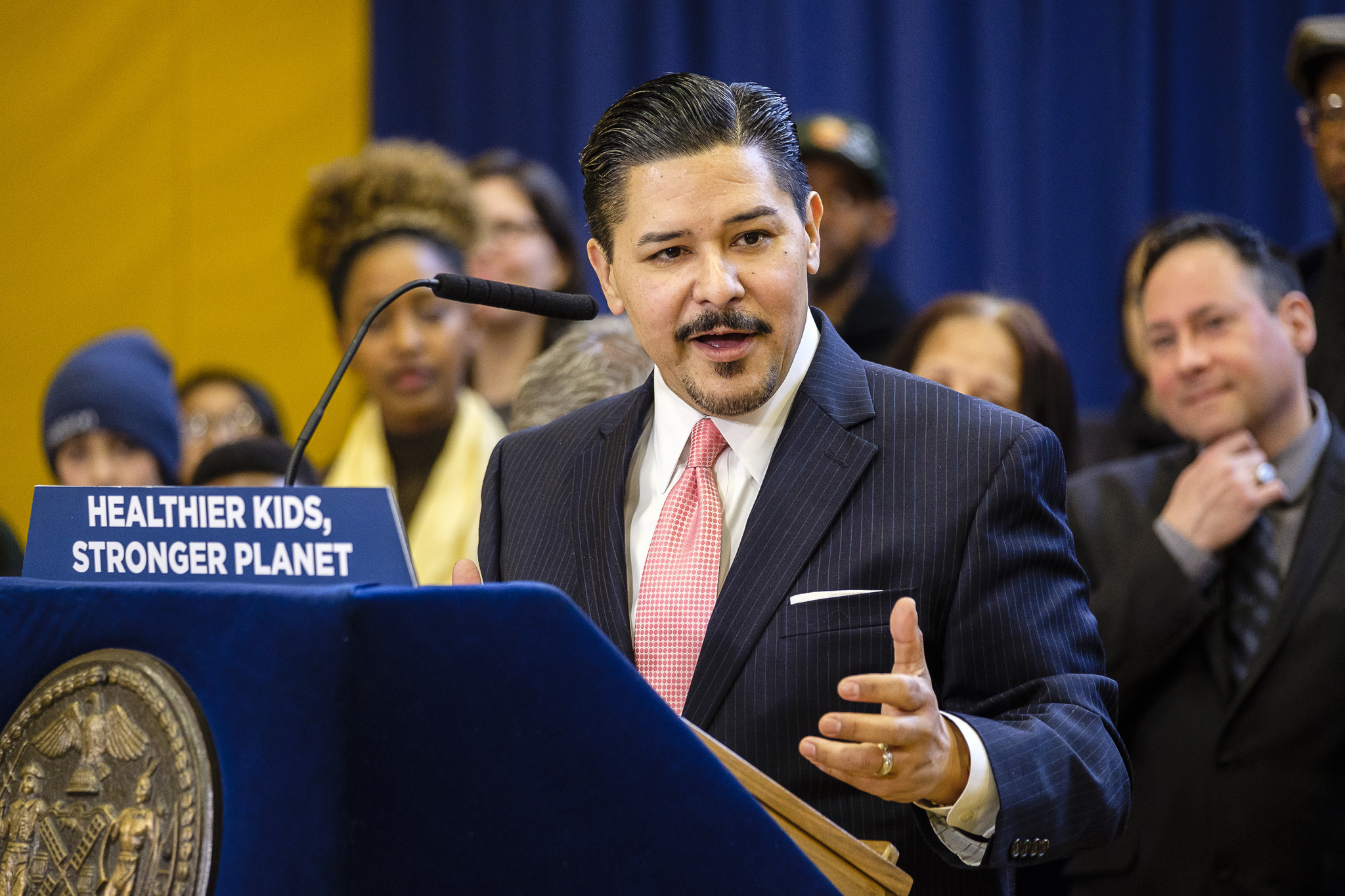 NYC schools chancellor slams critics over abrupt ending to Queens school town hall, calling it a 'set up'