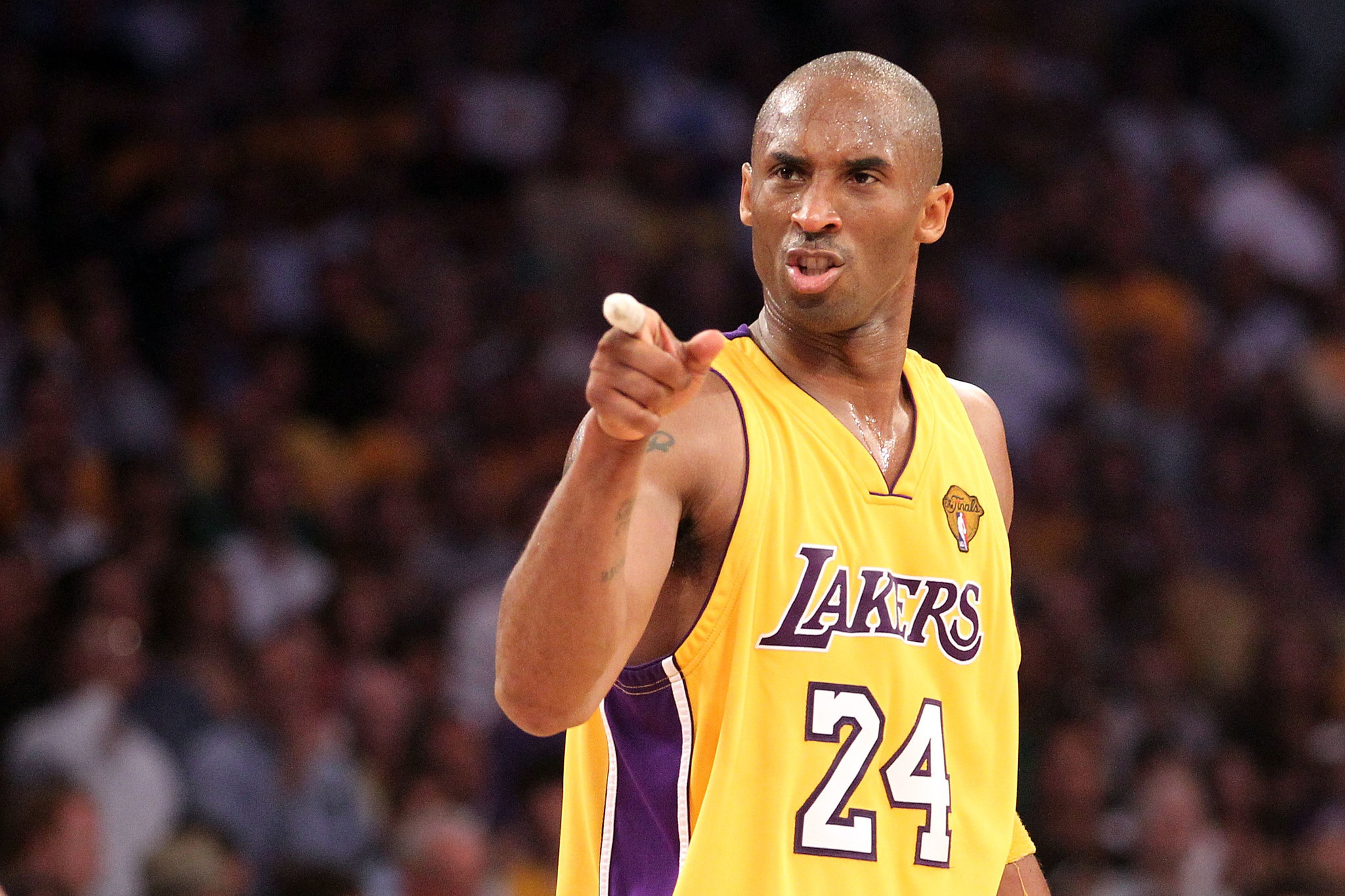 Kobe Bryant fans petition to make the late Lakers great the NBA's new logo